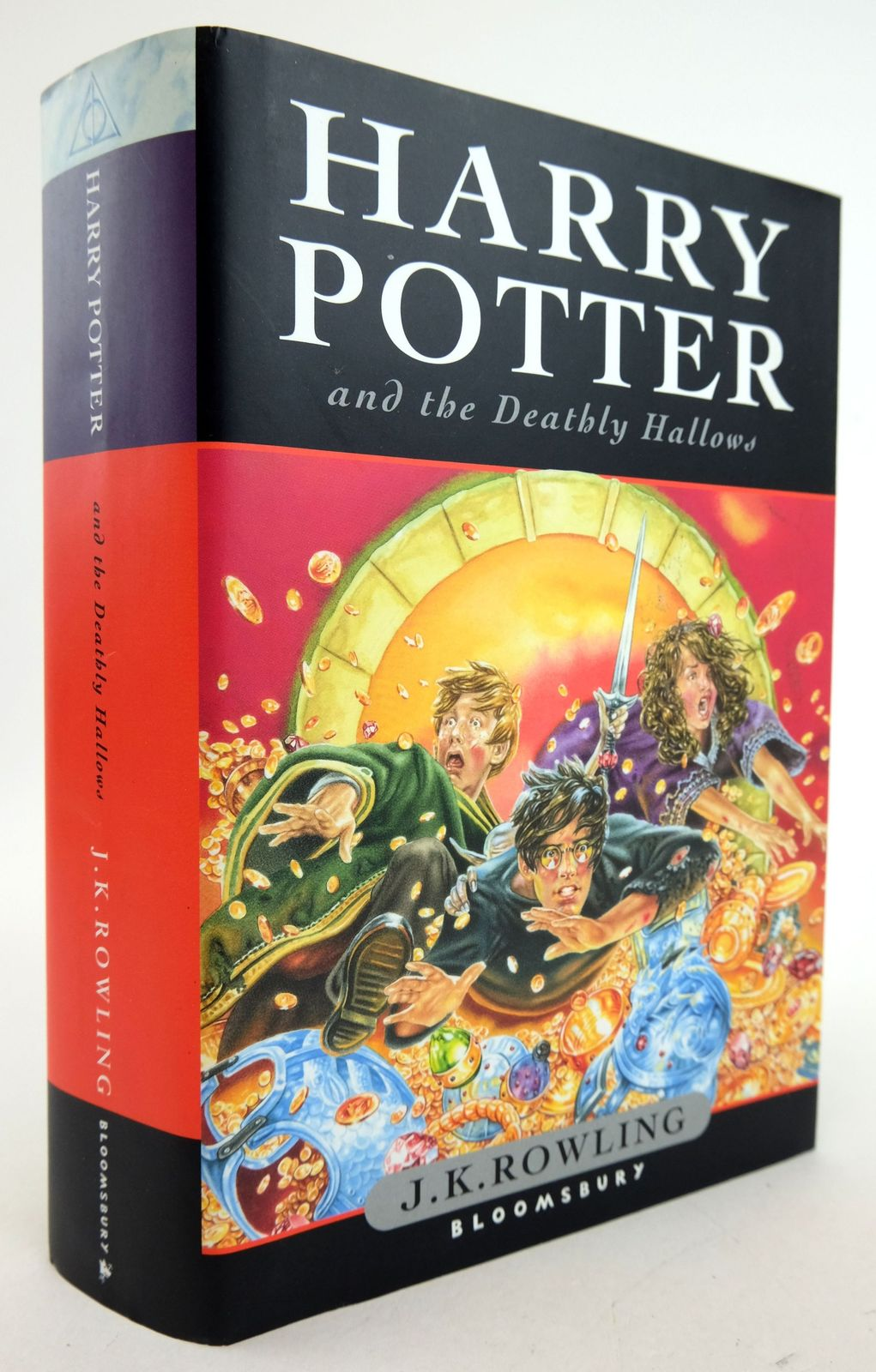 Photo of HARRY POTTER AND THE DEATHLY HALLOWS written by Rowling, J.K. published by Bloomsbury (STOCK CODE: 1819764)  for sale by Stella & Rose's Books