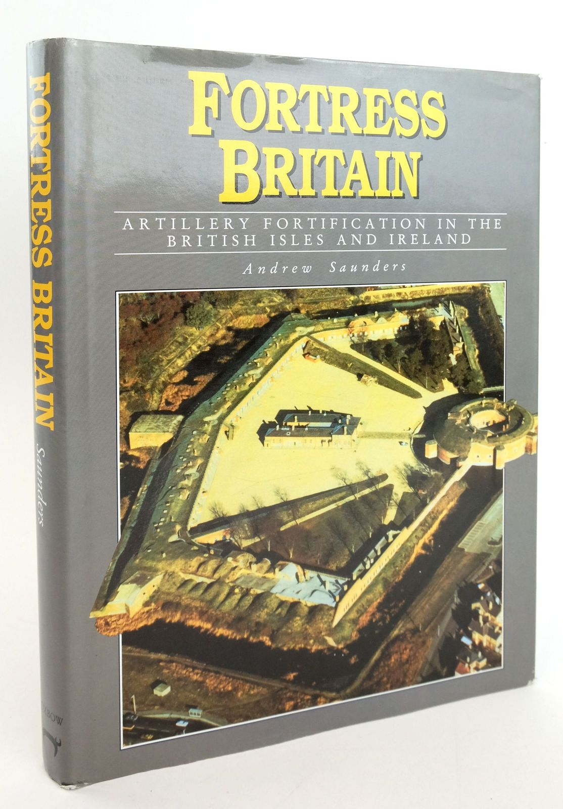 Photo of FORTRESS BRITAIN: ARTILLERY FORTIFICATION IN THE BRITISH ISLES AND IRELAND- Stock Number: 1820054