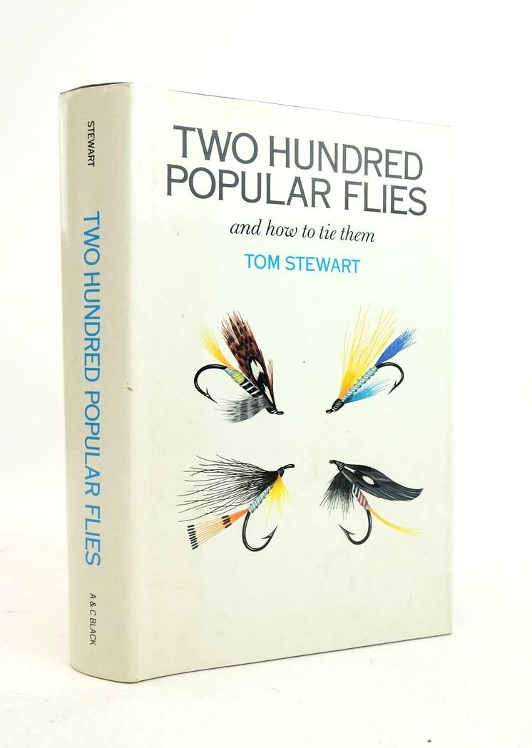 Photo of TWO HUNDRED POPULAR FLIES AND HOW TO TIE THEM- Stock Number: 1821984