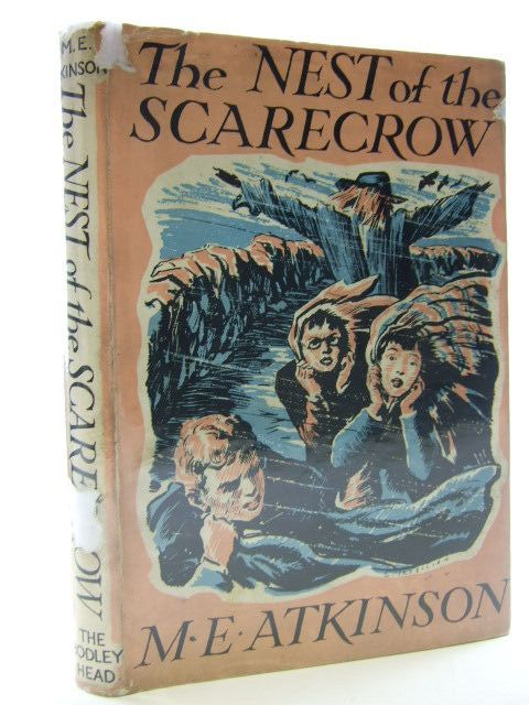 Photo of THE NEST OF THE SCARECROW written by Atkinson, M.E. illustrated by Tresilian, Stuart published by John Lane The Bodley Head (STOCK CODE: 2106059)  for sale by Stella & Rose's Books