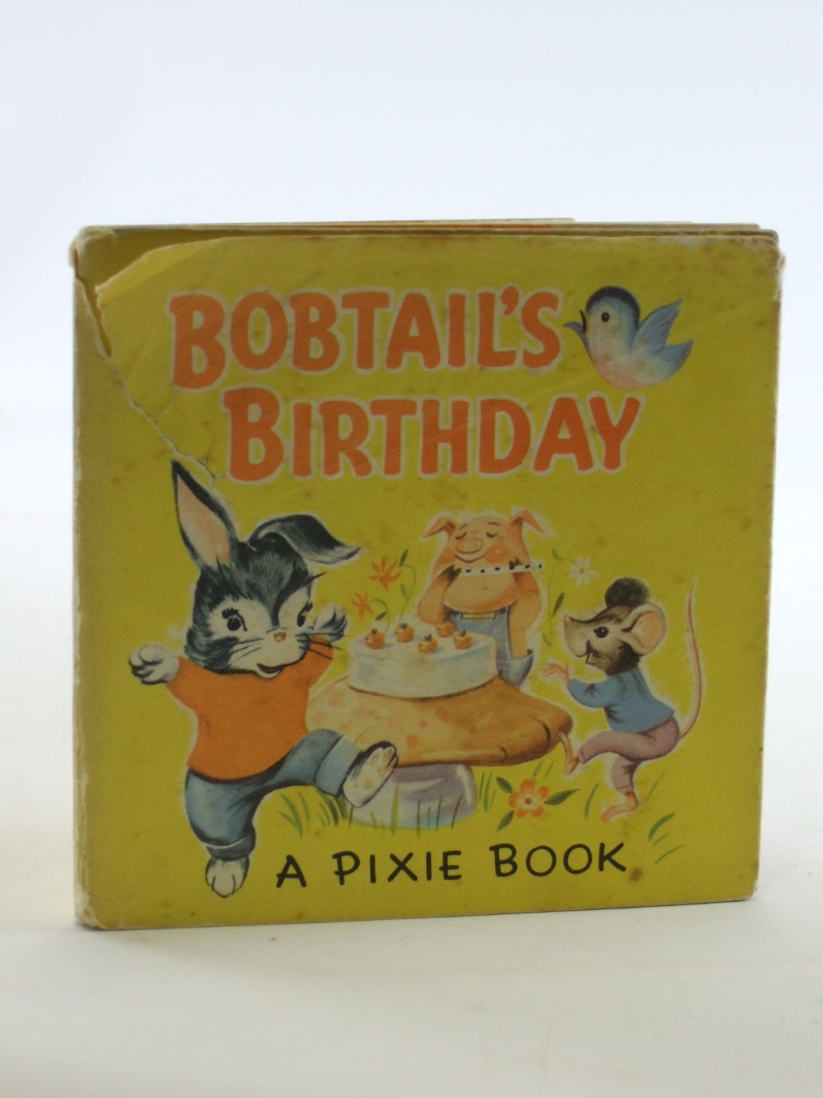 Photo of BOBTAIL'S BIRTHDAY written by Greenhalgh, Stewart illustrated by Greenhalgh, Stewart published by Collins (STOCK CODE: 2106774)  for sale by Stella & Rose's Books
