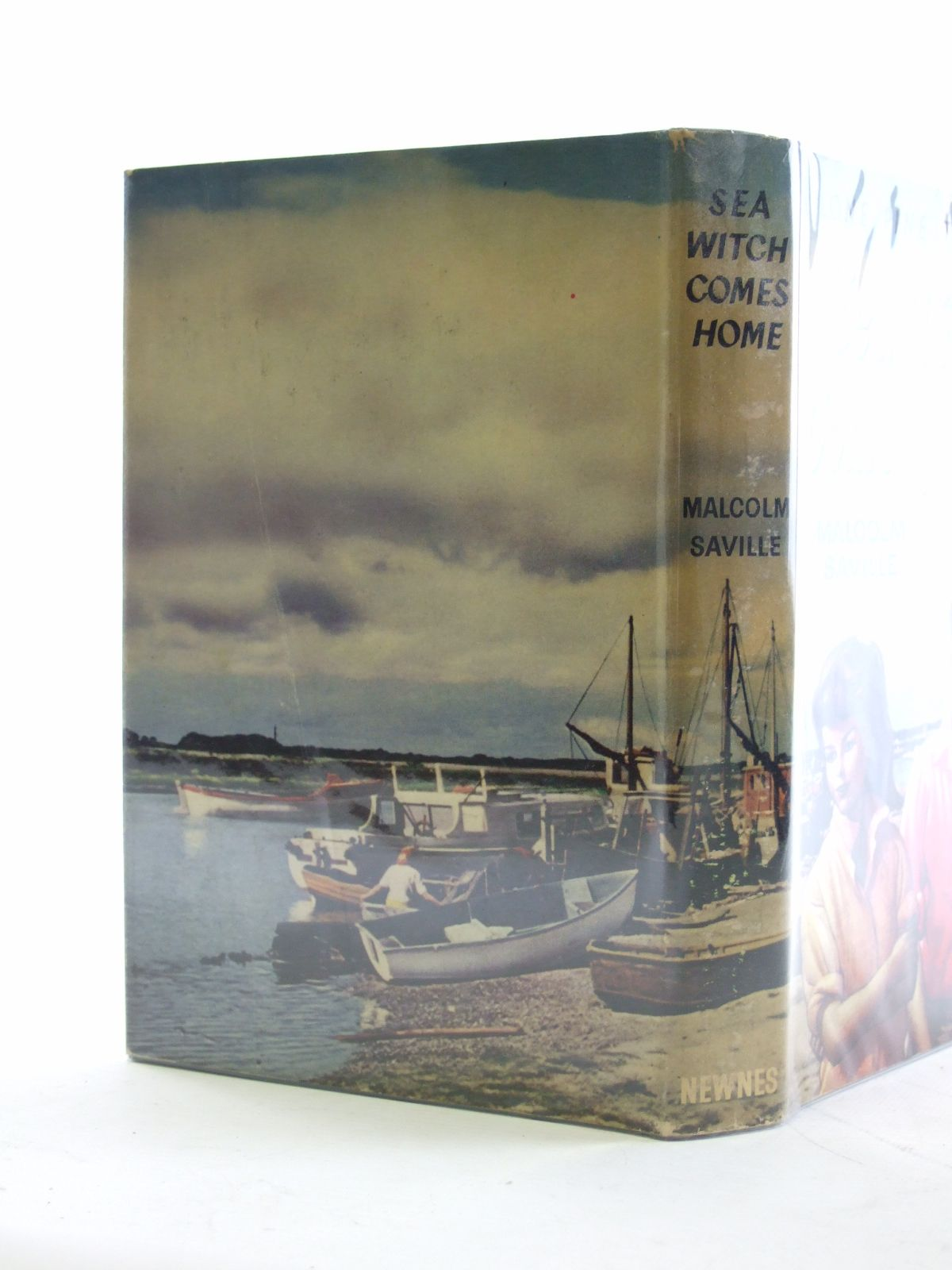 Photo of SEA WITCH COMES HOME written by Saville, Malcolm published by George Newnes Ltd. (STOCK CODE: 2107224)  for sale by Stella & Rose's Books