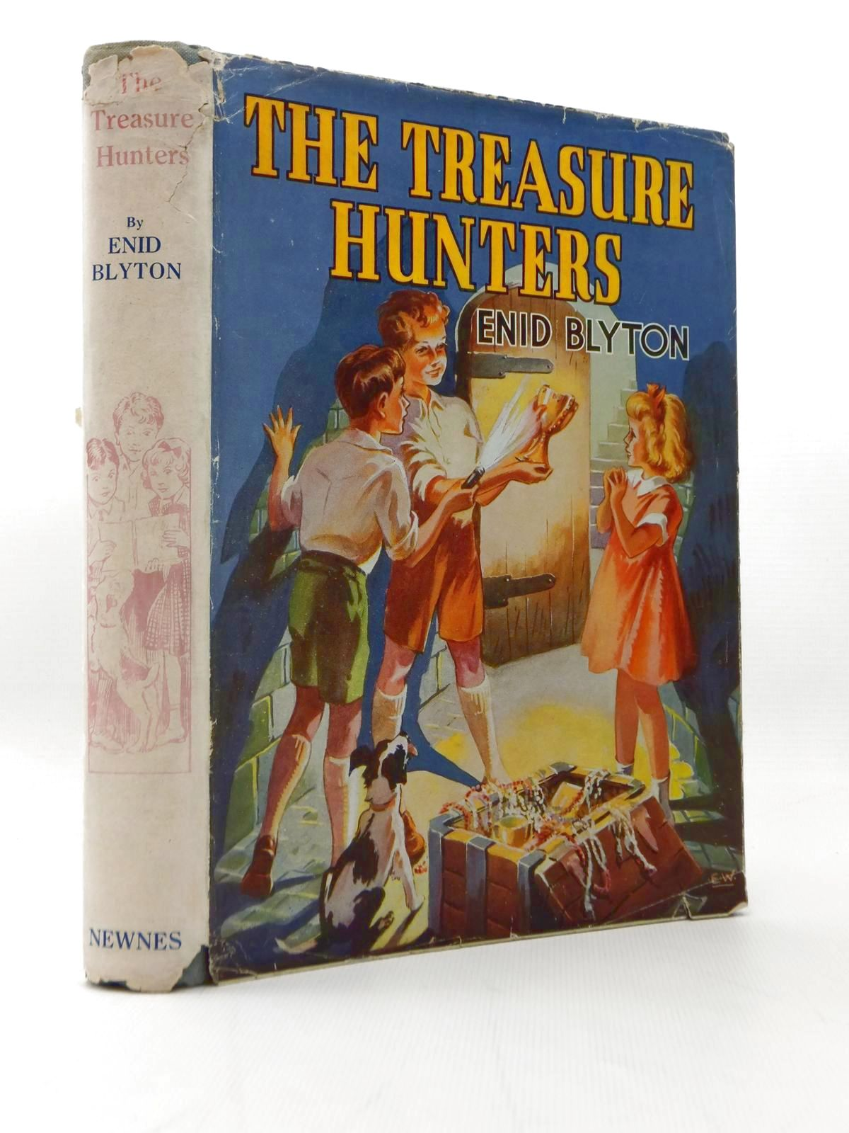 Photo of THE TREASURE HUNTERS written by Blyton, Enid illustrated by Wilson, E. Davies, Joyce published by George Newnes Limited (STOCK CODE: 2108069)  for sale by Stella & Rose's Books
