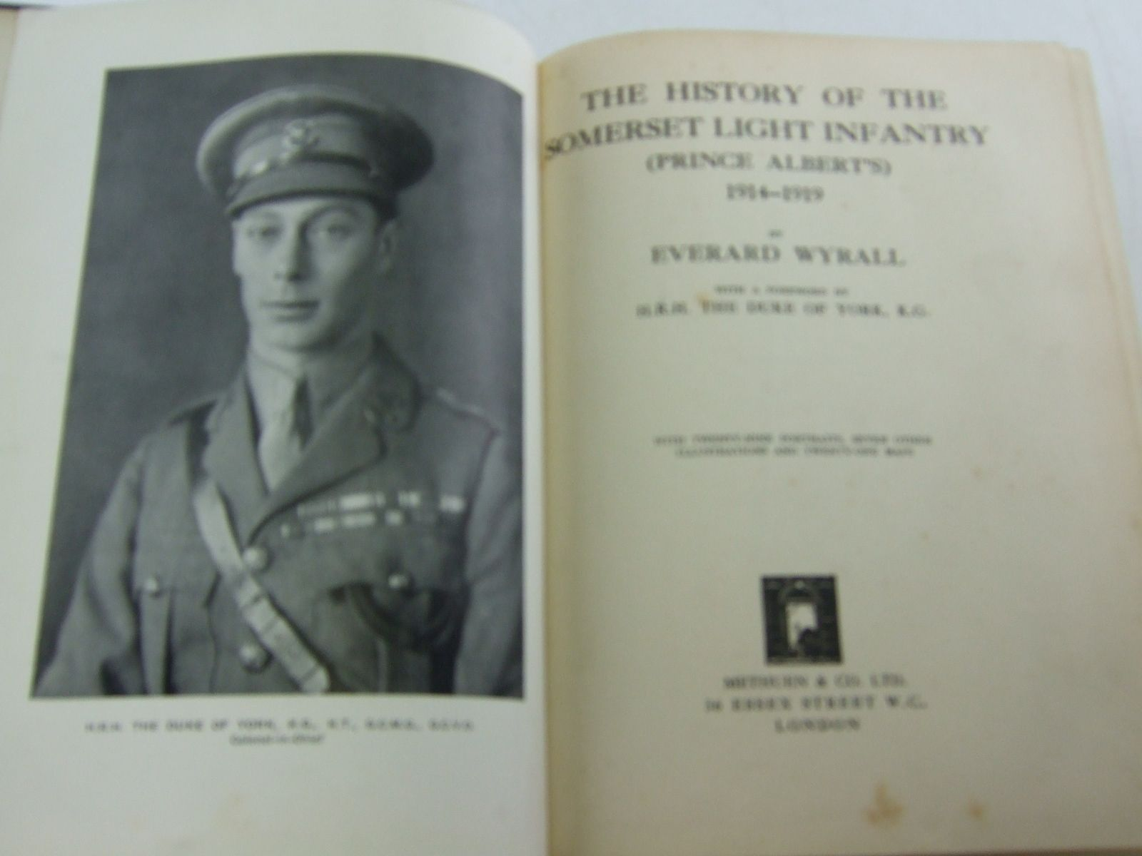 Photo of THE HISTORY OF THE SOMERSET LIGHT INFANTRY (PRINCE ALBERT'S) 1914-1919 written by Wyrall, Everard published by Methuen & Co. Ltd. (STOCK CODE: 2109024)  for sale by Stella & Rose's Books