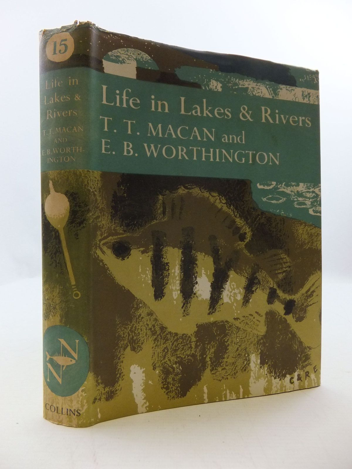 Photo of LIFE IN LAKES AND RIVERS (NN 15) written by Macan, T.T.