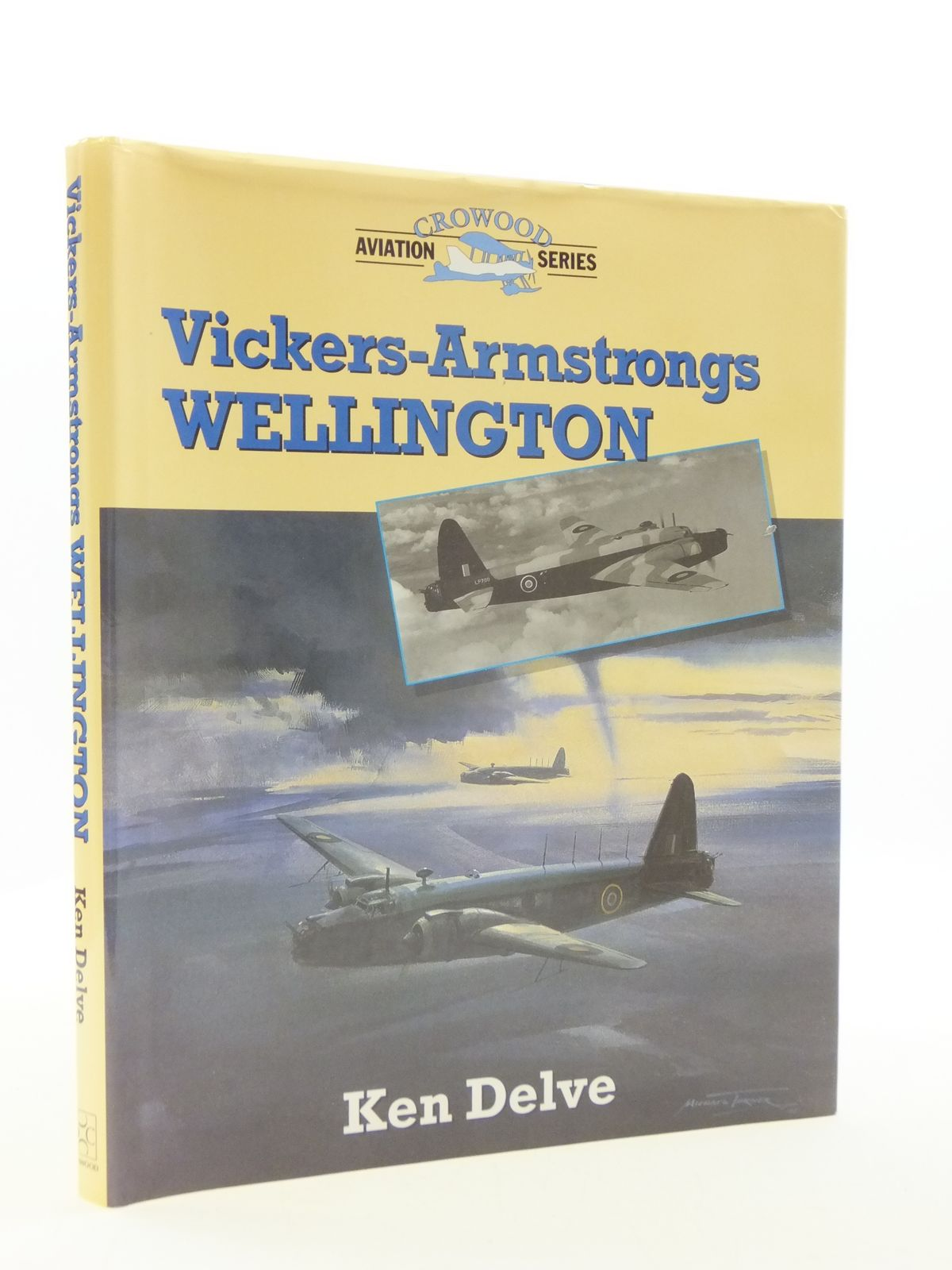 Photo of VICKERS-ARMSTRONG WELLINGTON- Stock Number: 2110512
