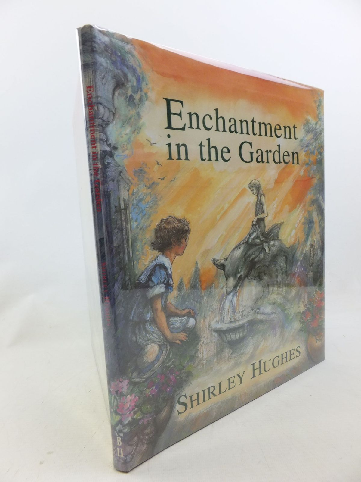 Photo of ENCHANTMENT IN THE GARDEN written by Hughes, Shirley illustrated by Hughes, Shirley published by The Bodley Head (STOCK CODE: 2114248)  for sale by Stella & Rose's Books