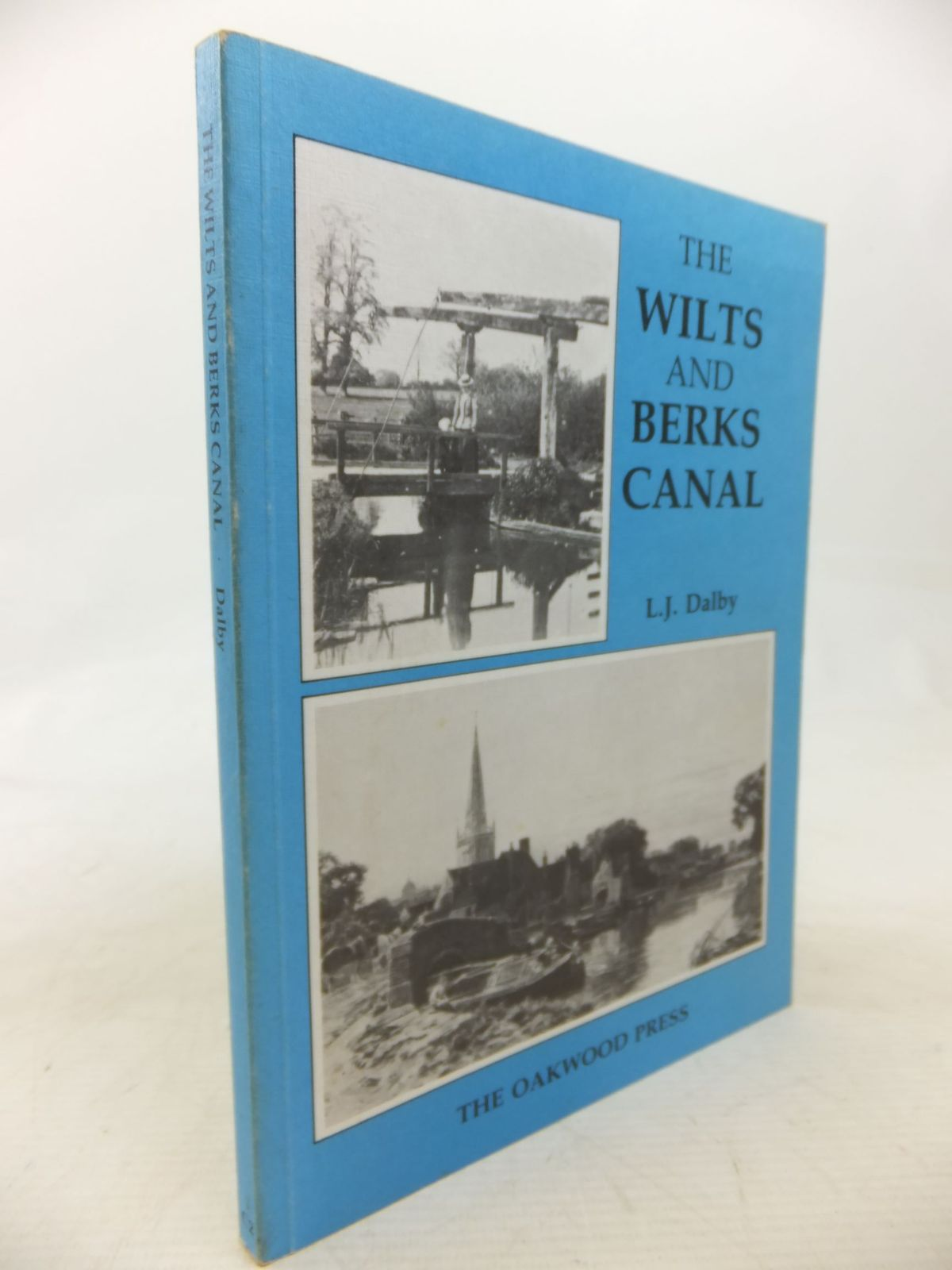 Photo of THE WILTS AND BERKS CANAL written by Dalby, L.J. published by The Oakwood Press (STOCK CODE: 2115159)  for sale by Stella & Rose's Books