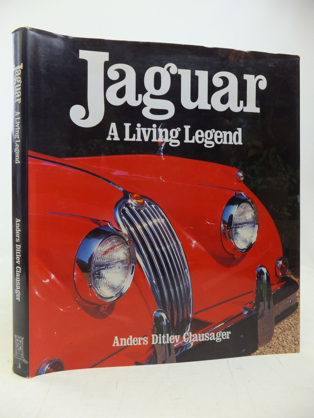 Photo of JAGUAR A LIVING LEGEND written by Clausager, Anders Ditlev published by Brian Trodd (STOCK CODE: 2115301)  for sale by Stella & Rose's Books