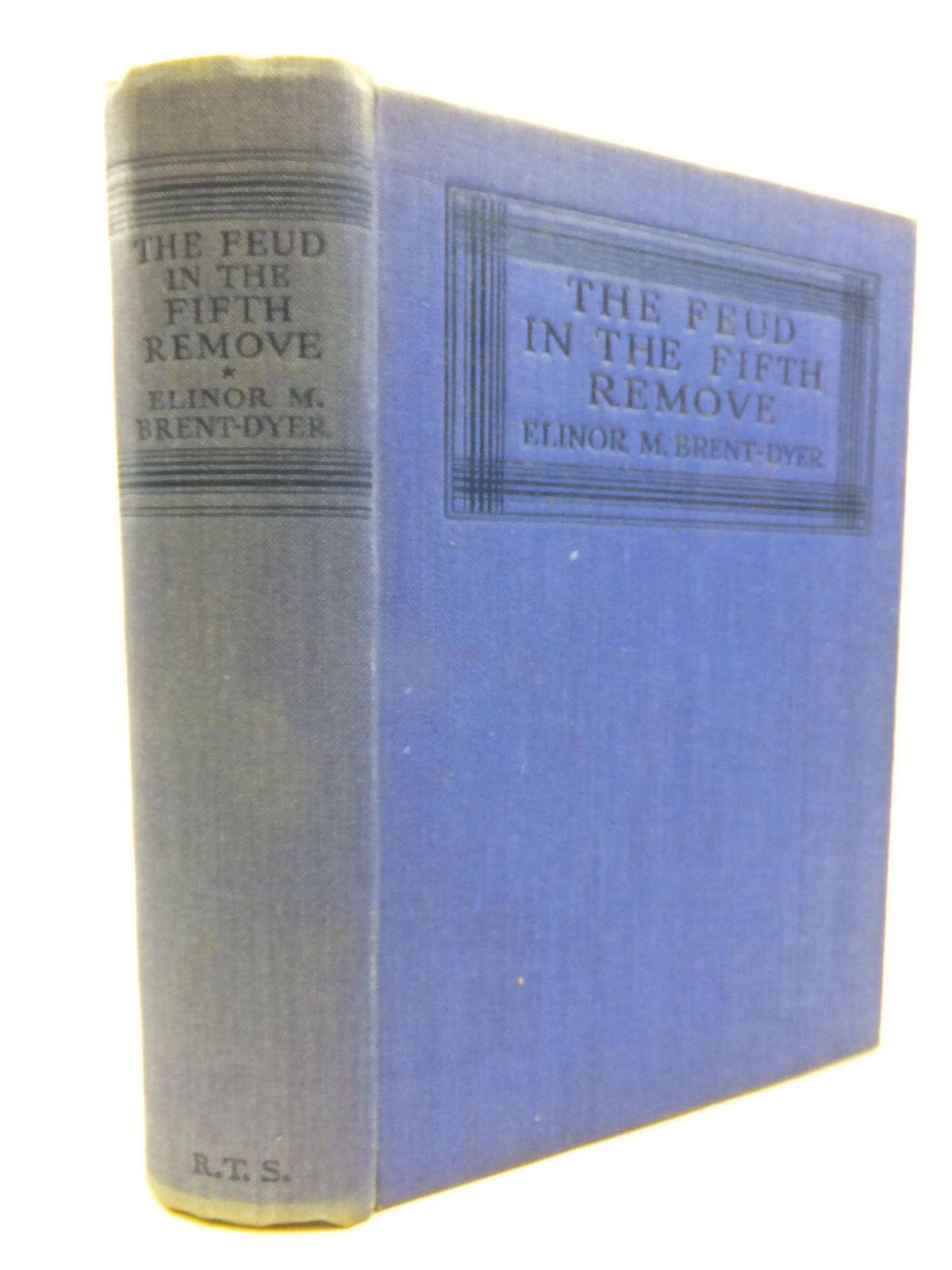Photo of THE FEUD IN THE FIFTH REMOVE written by Brent-Dyer, Elinor M. illustrated by Silas, Ellis published by R.T.S., Girl's Own Paper (STOCK CODE: 2116120)  for sale by Stella & Rose's Books