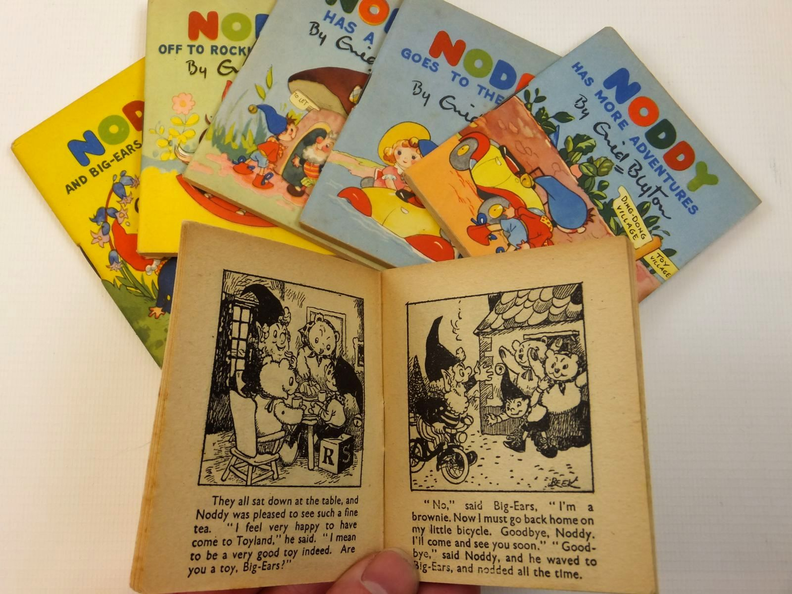 Photo of NODDY'S HOUSE OF BOOKS written by Blyton, Enid published by Sampson Low (STOCK CODE: 2121856)  for sale by Stella & Rose's Books