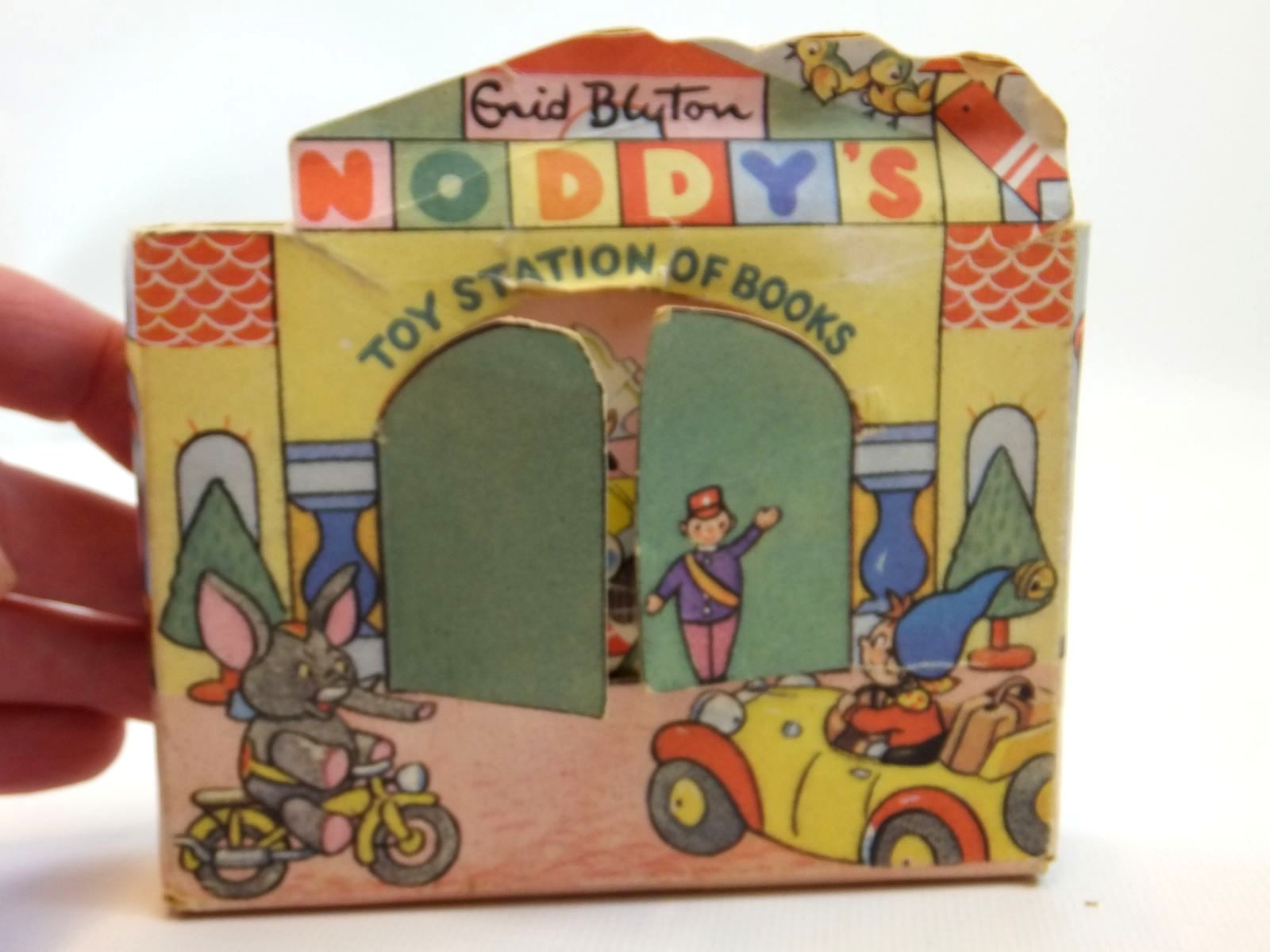Photo of NODDY'S TOY STATION OF BOOKS- Stock Number: 2121857