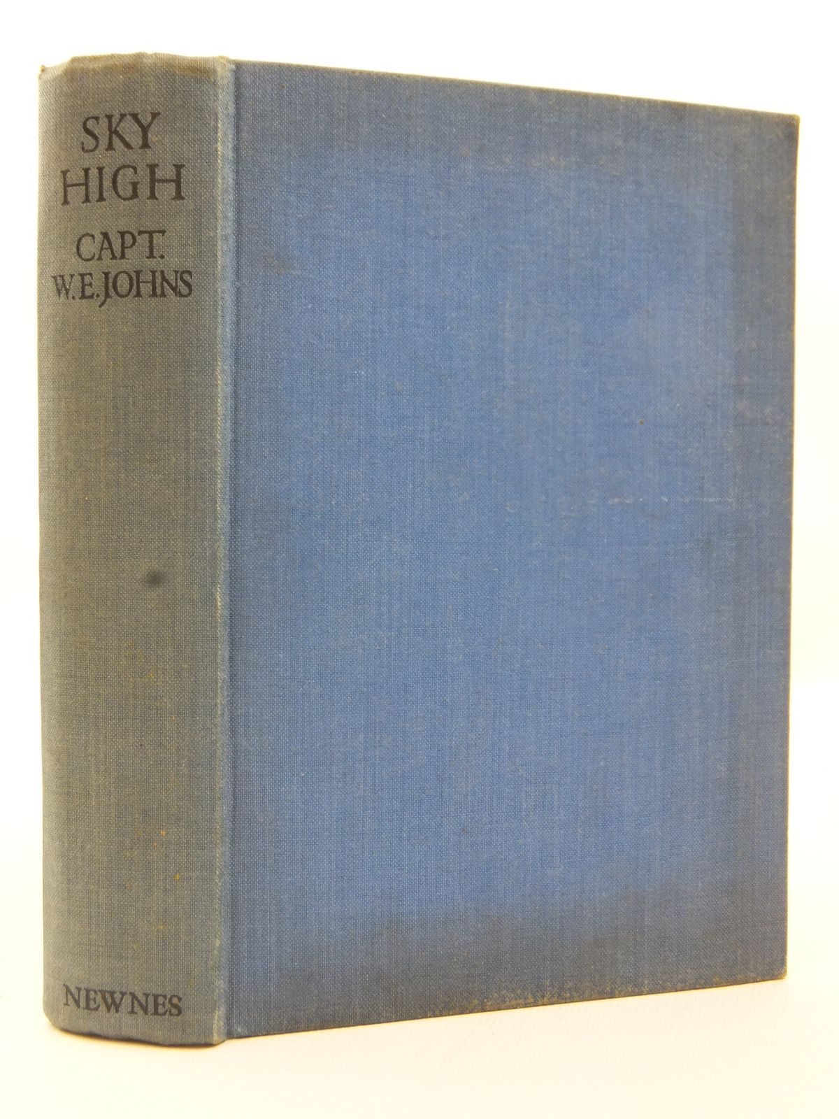 Photo of SKY HIGH written by Johns, W.E. published by Newnes (STOCK CODE: 2123176)  for sale by Stella & Rose's Books