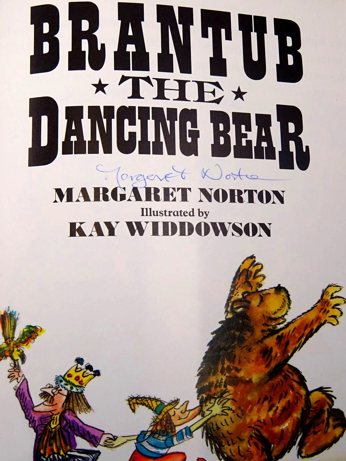 Photo of BRANTUB THE DANCING BEAR written by Norton, Margaret illustrated by Widdowson, Kay published by The Bodley Head Children's Books (STOCK CODE: 2126314)  for sale by Stella & Rose's Books