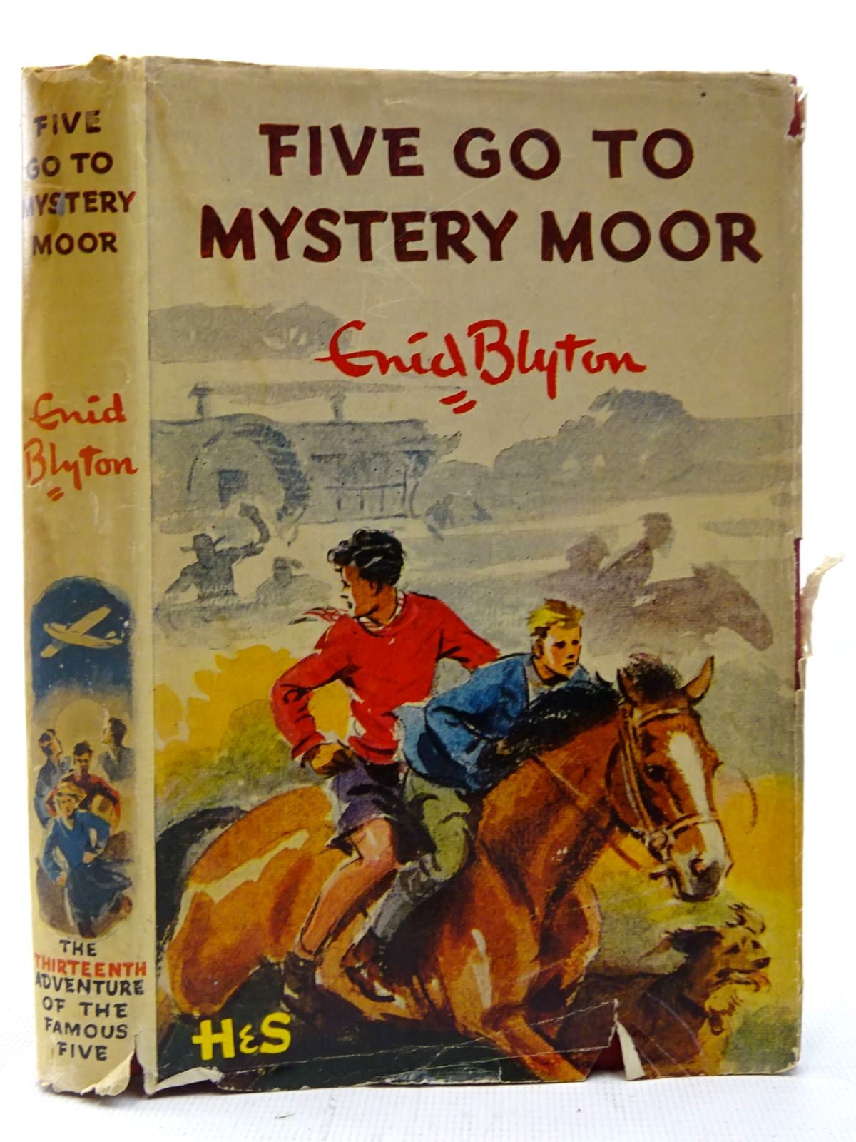 Photo of FIVE GO TO MYSTERY MOOR written by Blyton, Enid illustrated by Soper, Eileen published by Hodder & Stoughton (STOCK CODE: 2127295)  for sale by Stella & Rose's Books