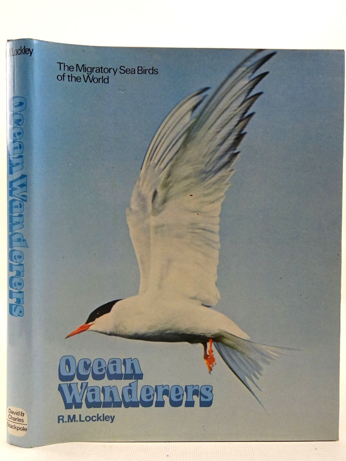 Photo of OCEAN WANDERERS written by Lockley, Ronald M. illustrated by Gillmor, Robert published by David & Charles (STOCK CODE: 2127537)  for sale by Stella & Rose's Books