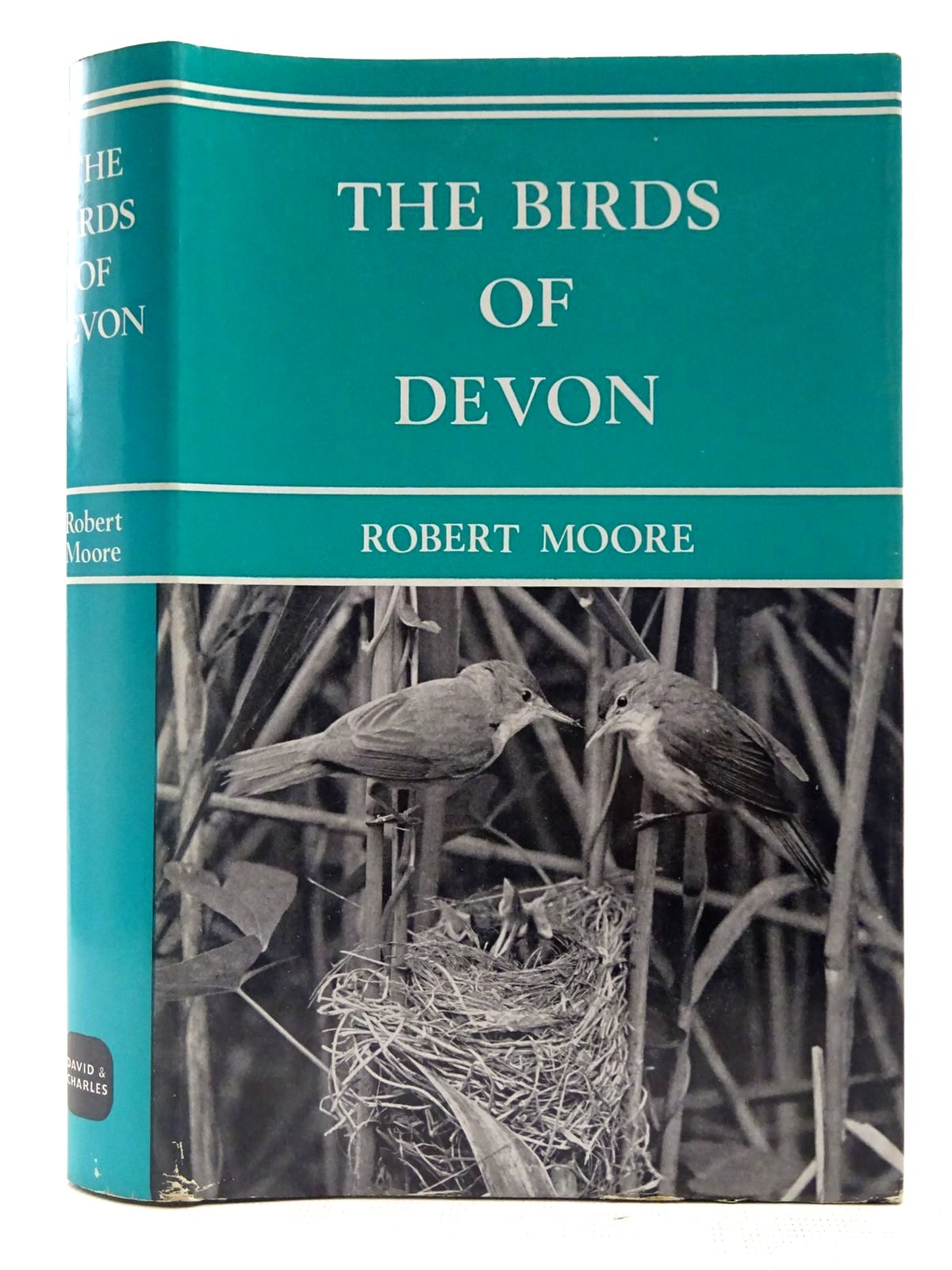 Photo of THE BIRDS OF DEVON written by Moore, Robert published by David & Charles (STOCK CODE: 2127600)  for sale by Stella & Rose's Books