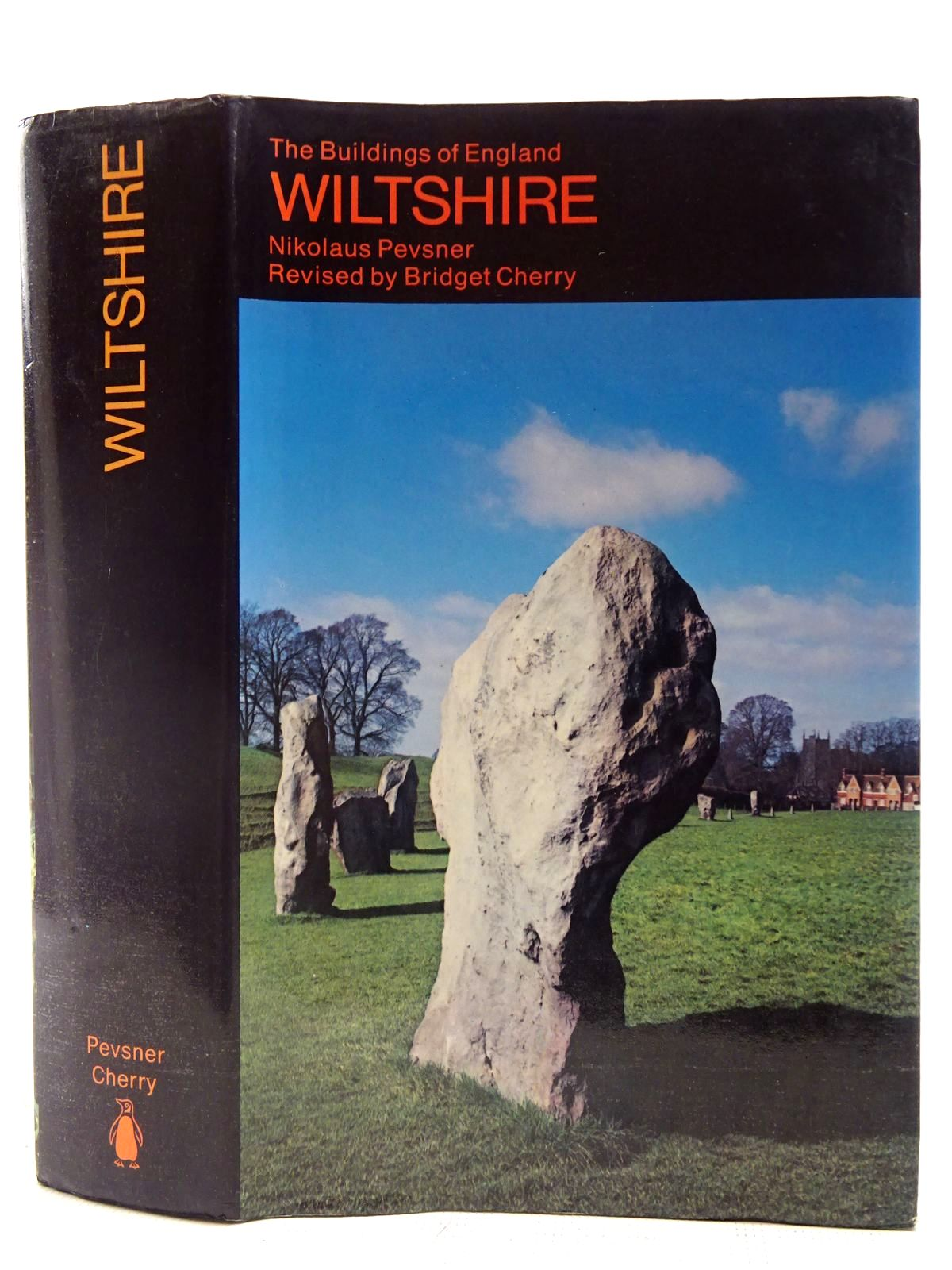 Photo of WILTSHIRE (BUILDINGS OF ENGLAND)- Stock Number: 2127669