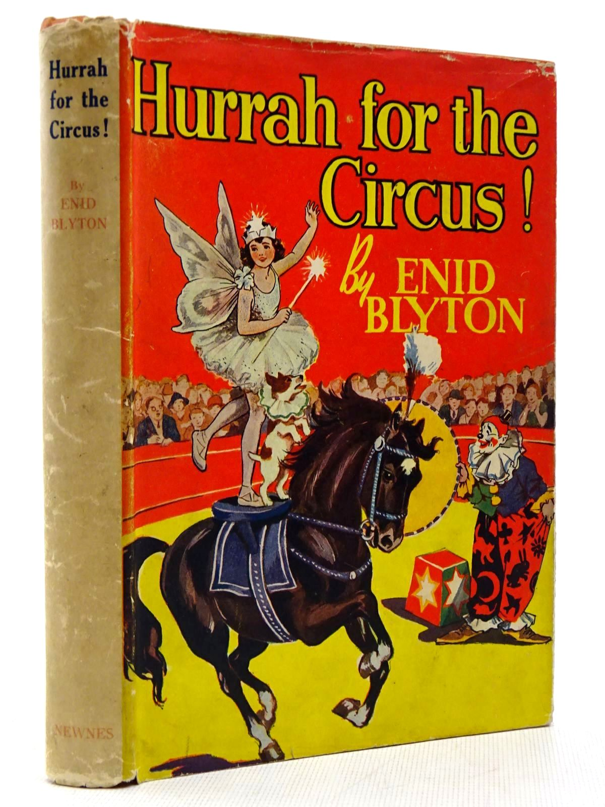 Photo of HURRAH FOR THE CIRCUS! written by Blyton, Enid illustrated by Davie, E.H. published by George Newnes Ltd. (STOCK CODE: 2128992)  for sale by Stella & Rose's Books