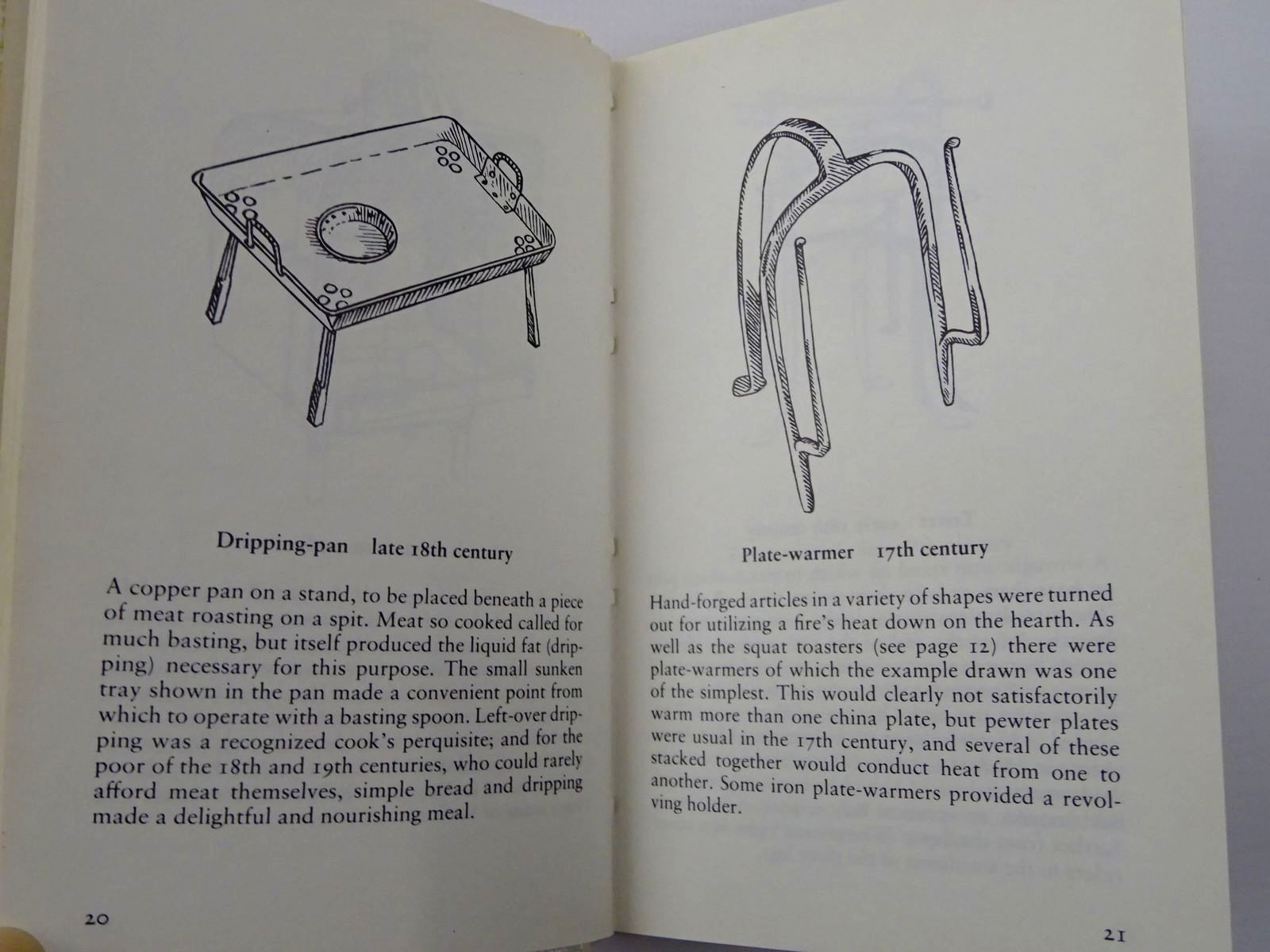 Photo of THE OBSERVER'S BOOK OF KITCHEN ANTIQUES written by Woodforde, John illustrated by Aldous, Trevor published by Frederick Warne & Co Ltd. (STOCK CODE: 2129487)  for sale by Stella & Rose's Books
