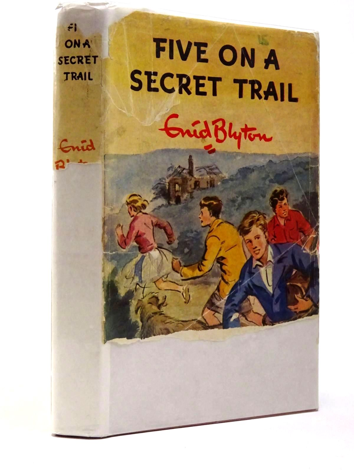 Photo of FIVE ON A SECRET TRAIL written by Blyton, Enid illustrated by Soper, Eileen published by Hodder & Stoughton (STOCK CODE: 2129875)  for sale by Stella & Rose's Books