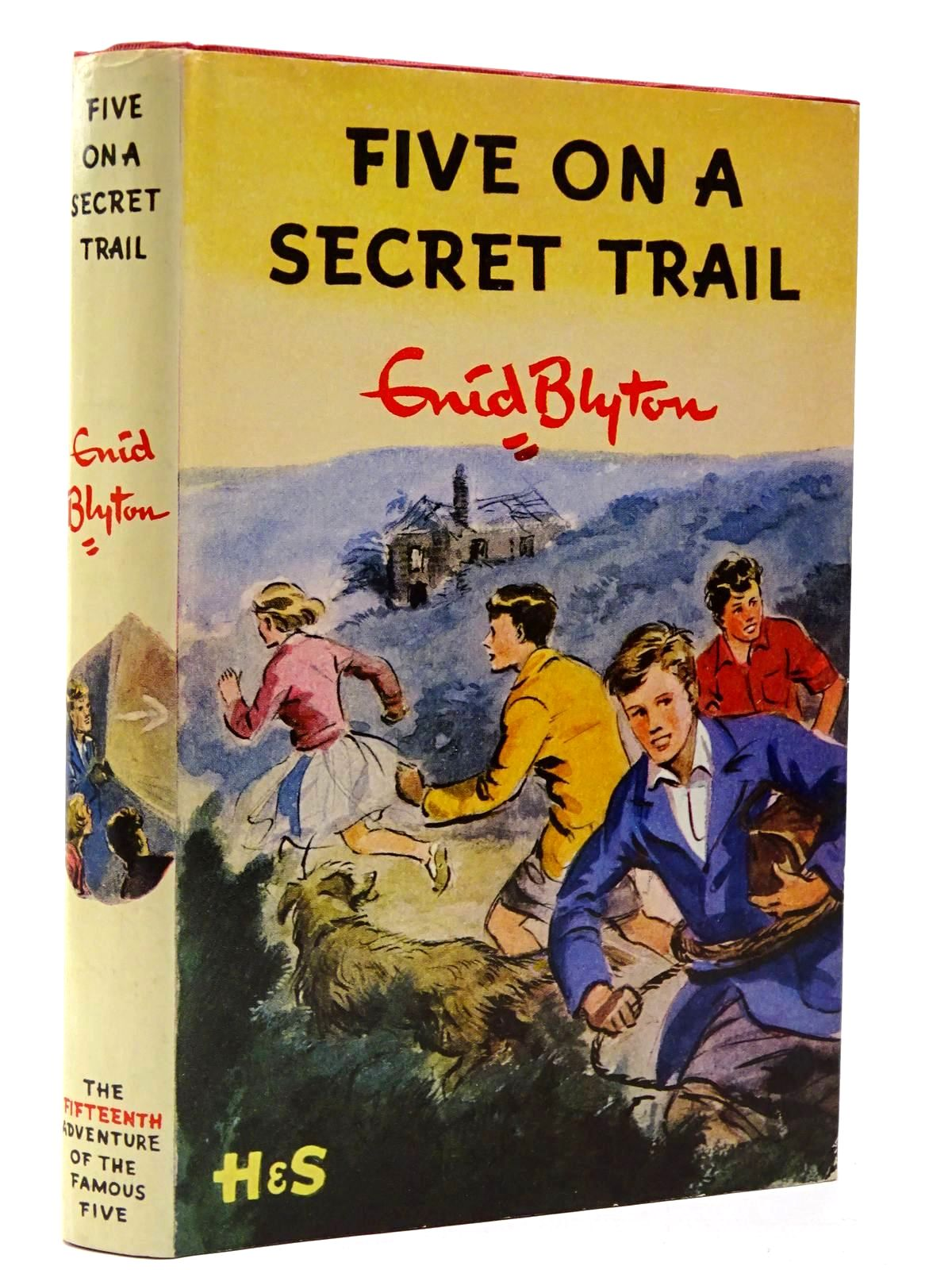 Photo of FIVE ON A SECRET TRAIL written by Blyton, Enid illustrated by Soper, Eileen published by Hodder & Stoughton (STOCK CODE: 2129880)  for sale by Stella & Rose's Books