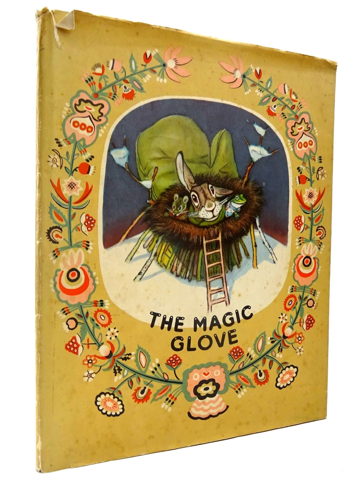 Photo of THE MAGIC GLOVE- Stock Number: 2130366