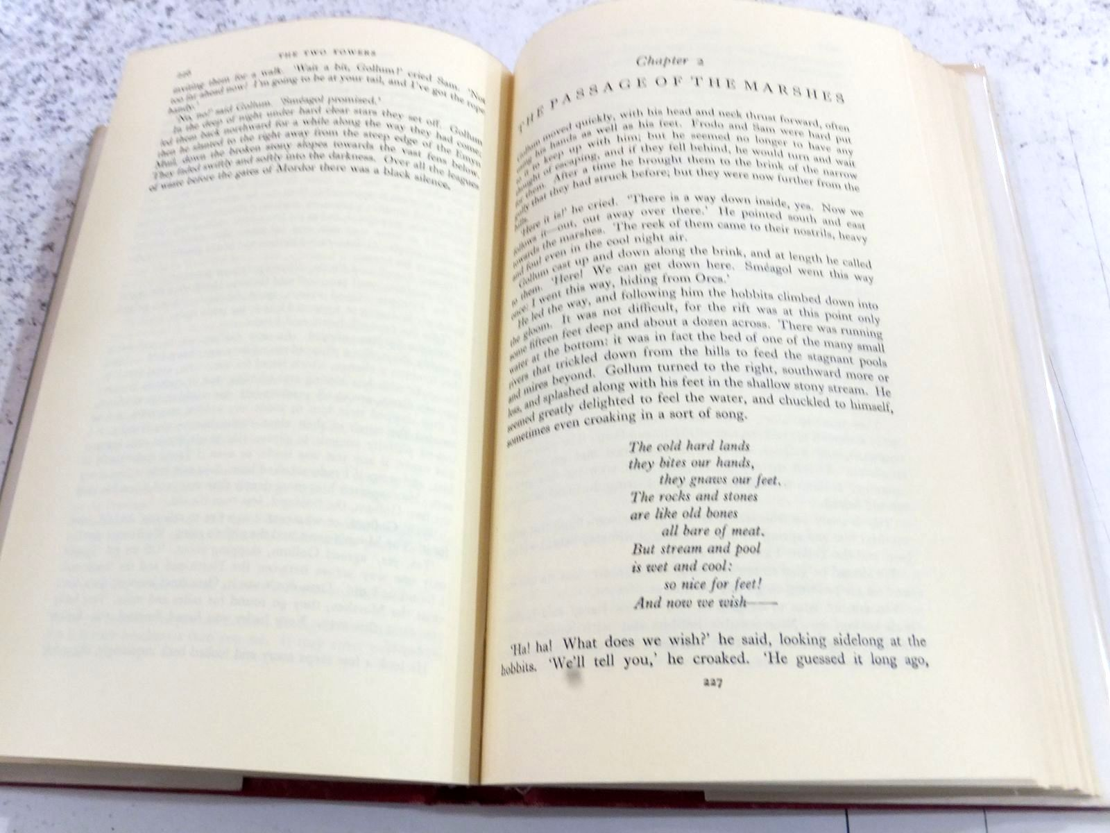 Photo of THE TWO TOWERS written by Tolkien, J.R.R. published by George Allen & Unwin Ltd. (STOCK CODE: 2130860)  for sale by Stella & Rose's Books