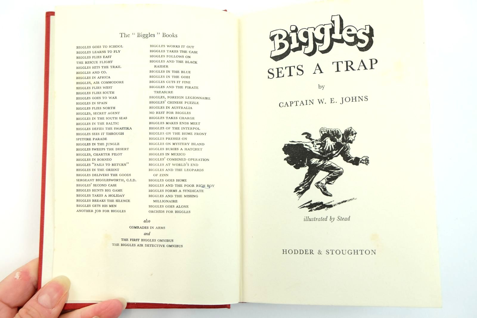 Photo of BIGGLES SETS A TRAP written by Johns, W.E. illustrated by Stead,  published by Hodder & Stoughton (STOCK CODE: 2131858)  for sale by Stella & Rose's Books