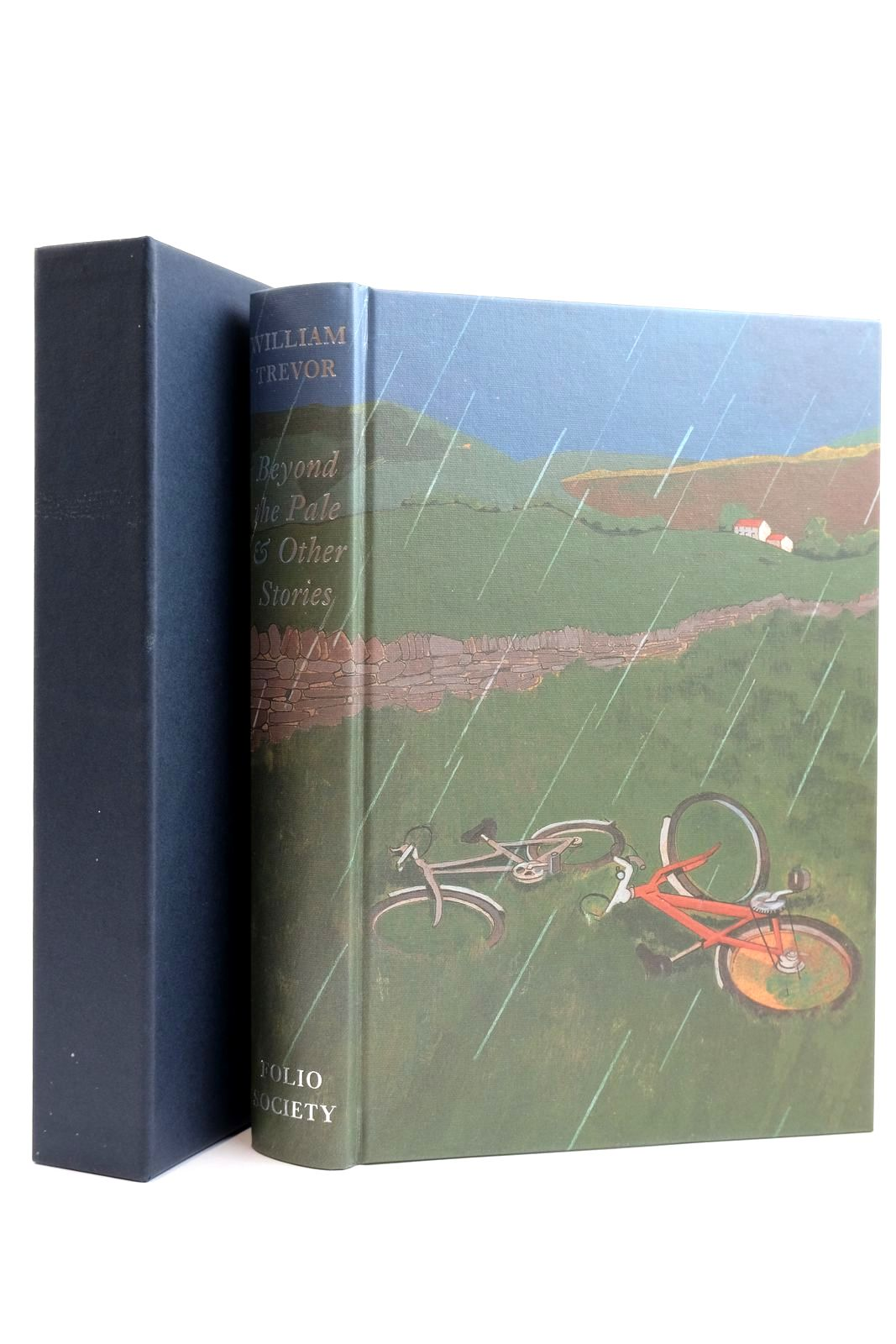 Photo of BEYOND THE PALE & OTHER STORIES written by Trevor, William illustrated by Hayes, Lyndon published by Folio Society (STOCK CODE: 2131871)  for sale by Stella & Rose's Books