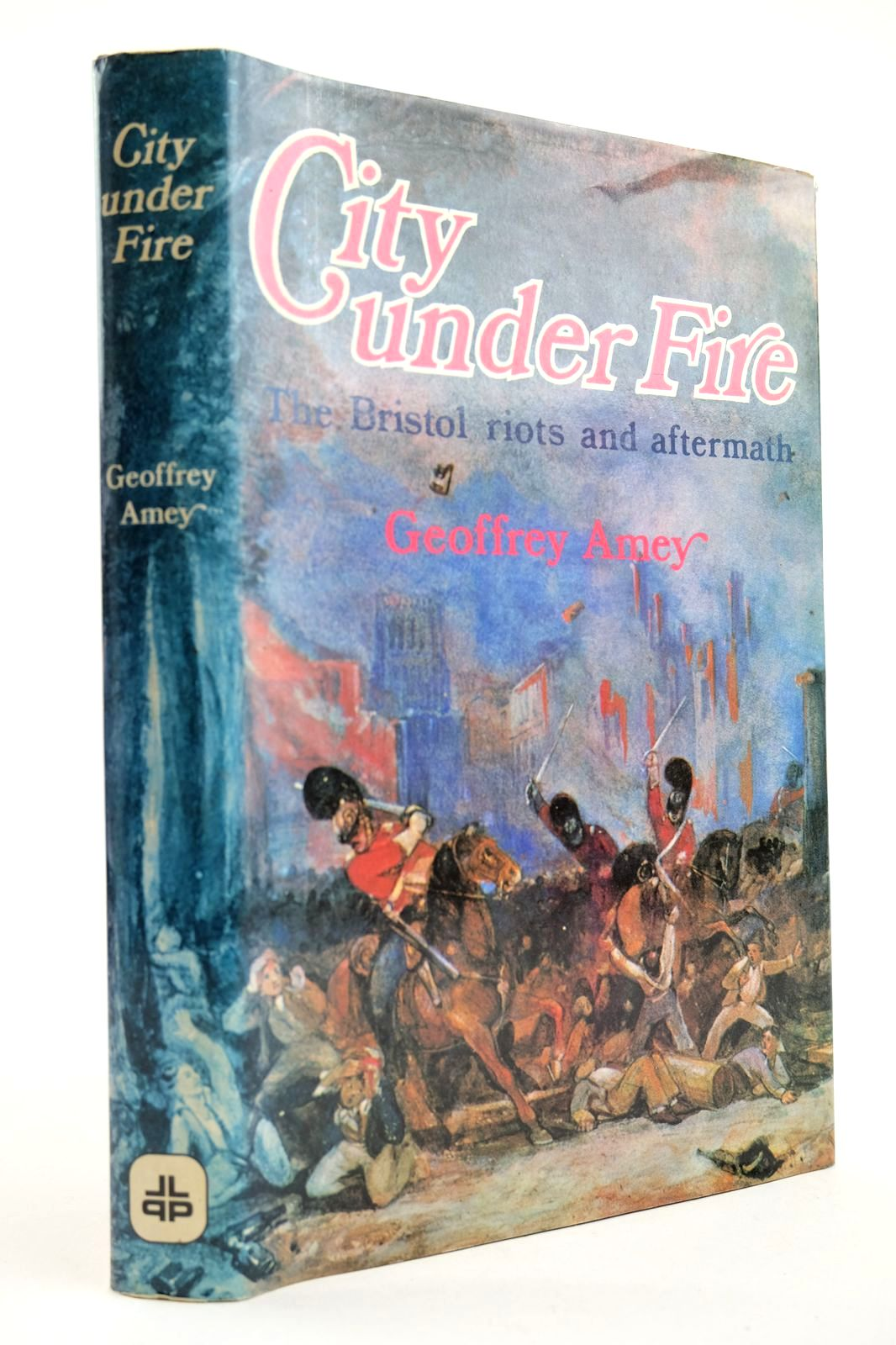 Photo of CITY UNDER FIRE written by Amey, Geoffrey published by Lutterworth Press (STOCK CODE: 2132570)  for sale by Stella & Rose's Books
