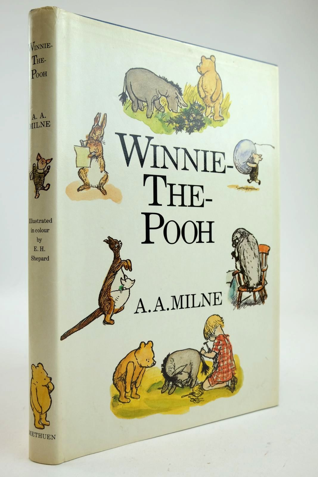 Photo of WINNIE-THE-POOH- Stock Number: 2132883