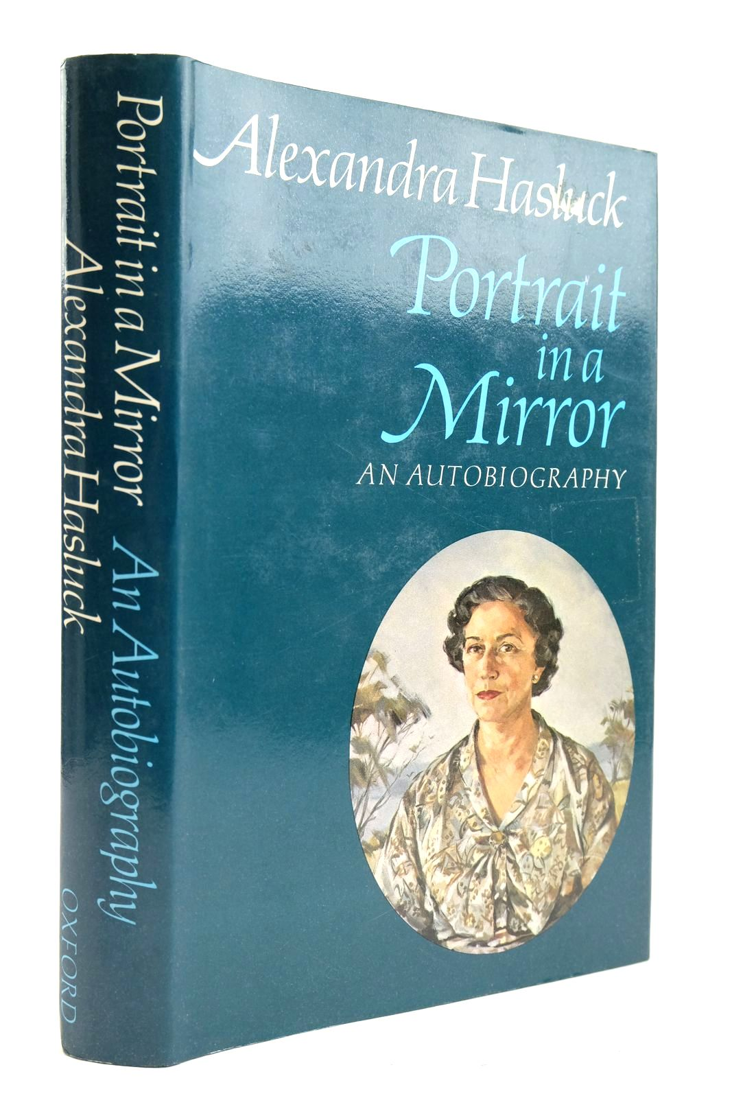 Photo of PORTRAIT IN A MIRROR AN AUTOBIOGRAPHY- Stock Number: 2132943