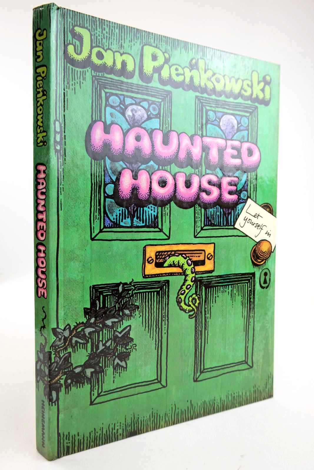 Photo of HAUNTED HOUSE written by Pienkowski, Jan illustrated by Pienkowski, Jan Walmsley, Jane published by William Heinemann Ltd. (STOCK CODE: 2132951)  for sale by Stella & Rose's Books