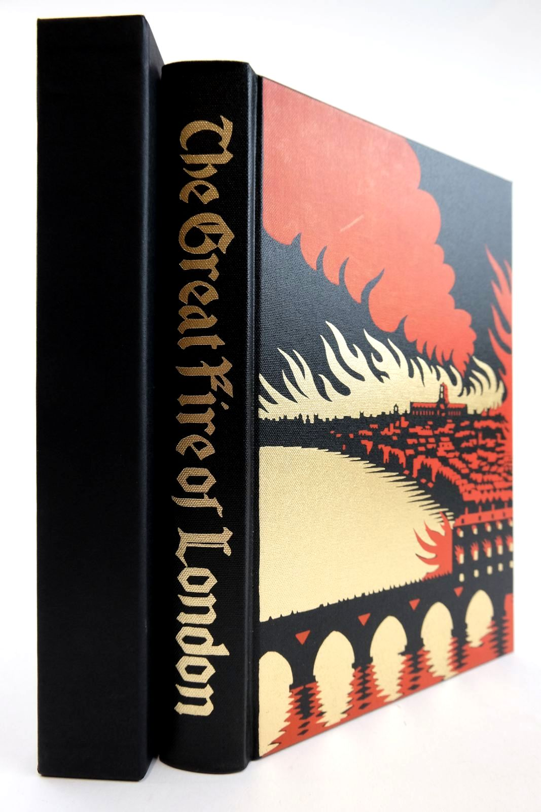 Photo of THE GREAT FIRE OF LONDON IN 1666 written by Bell, Walter George published by Folio Society (STOCK CODE: 2133230)  for sale by Stella & Rose's Books