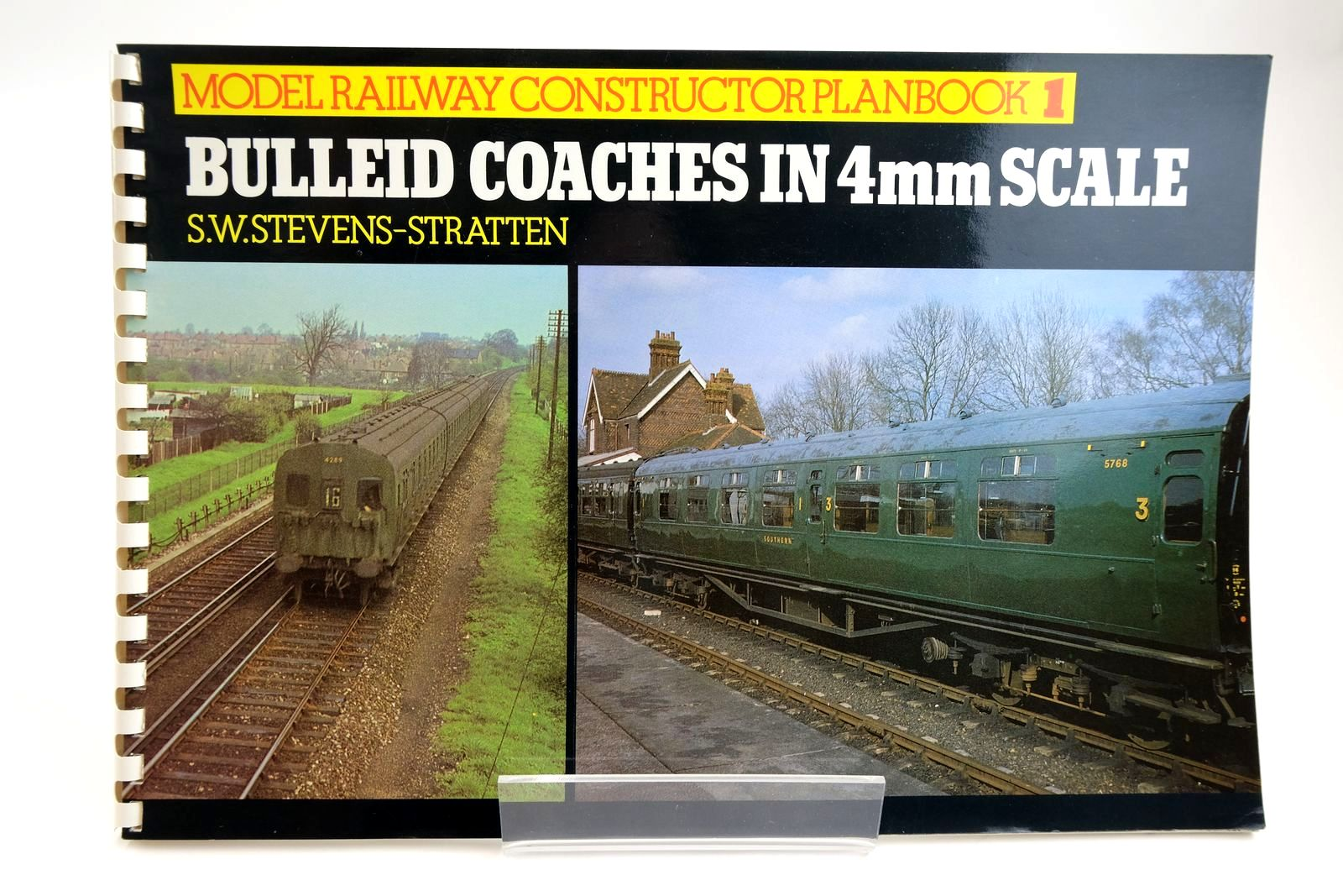 Photo of BULLEID COACHES IN 4MM SCALE written by Stevens-Stratten, S.W. published by Ian Allan Ltd. (STOCK CODE: 2133472)  for sale by Stella & Rose's Books