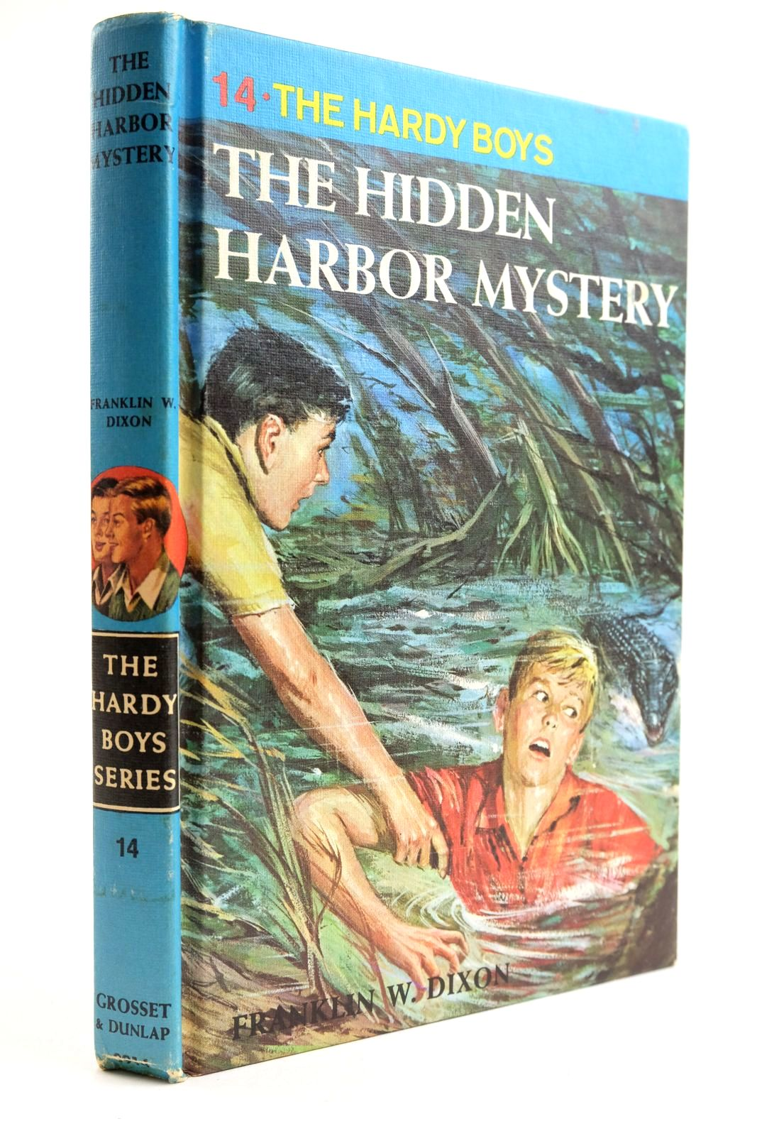 Photo of THE HIDDEN HARBOR MYSTERY- Stock Number: 2133666