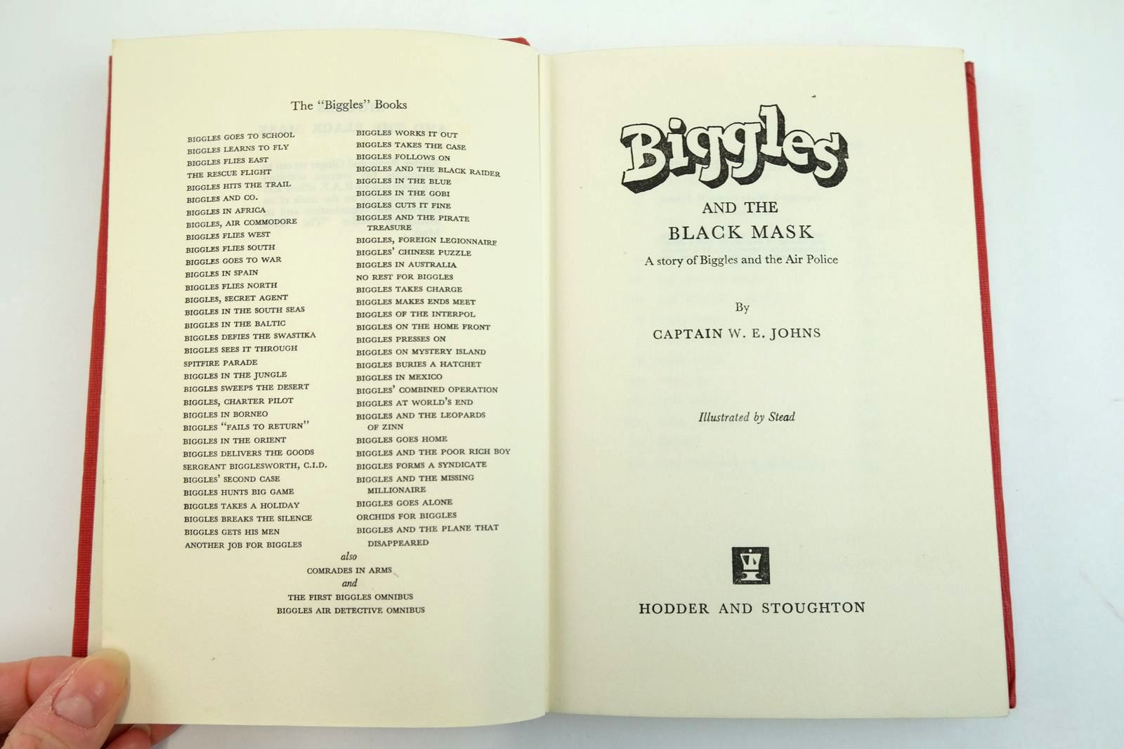 Photo of BIGGLES AND THE BLACK MASK written by Johns, W.E. illustrated by Stead,  published by Hodder & Stoughton (STOCK CODE: 2134086)  for sale by Stella & Rose's Books