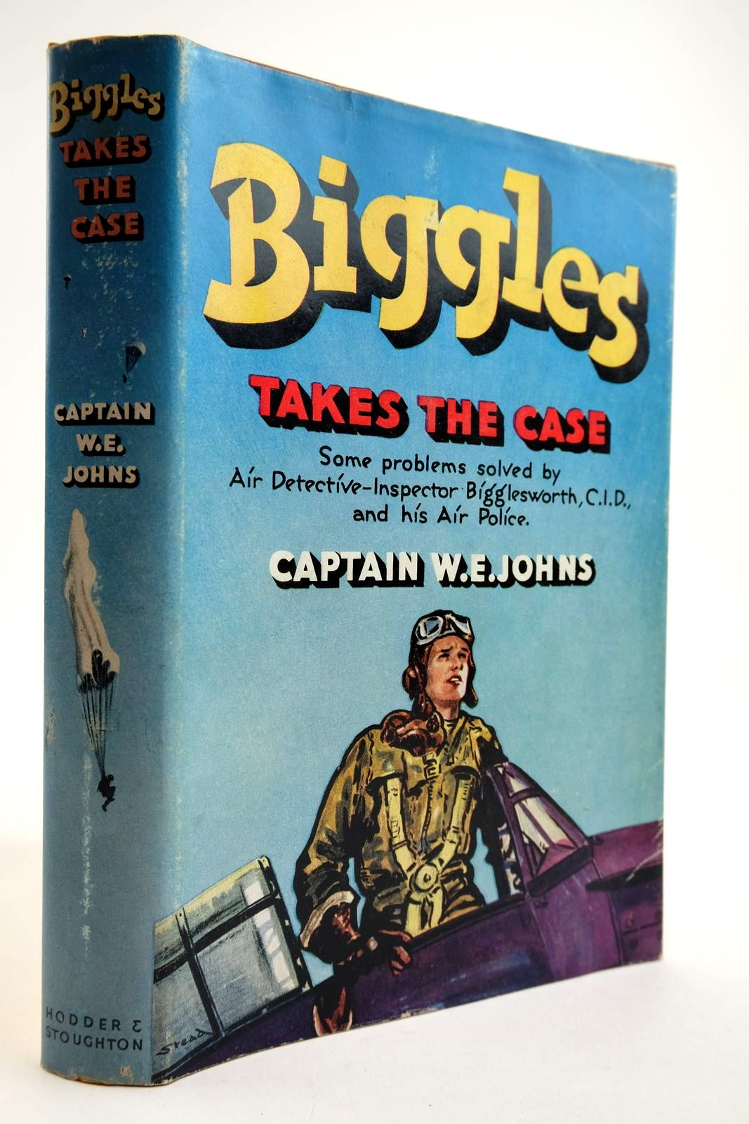 Photo of BIGGLES TAKES THE CASE written by Johns, W.E. illustrated by Stead, Leslie published by Hodder & Stoughton (STOCK CODE: 2134124)  for sale by Stella & Rose's Books