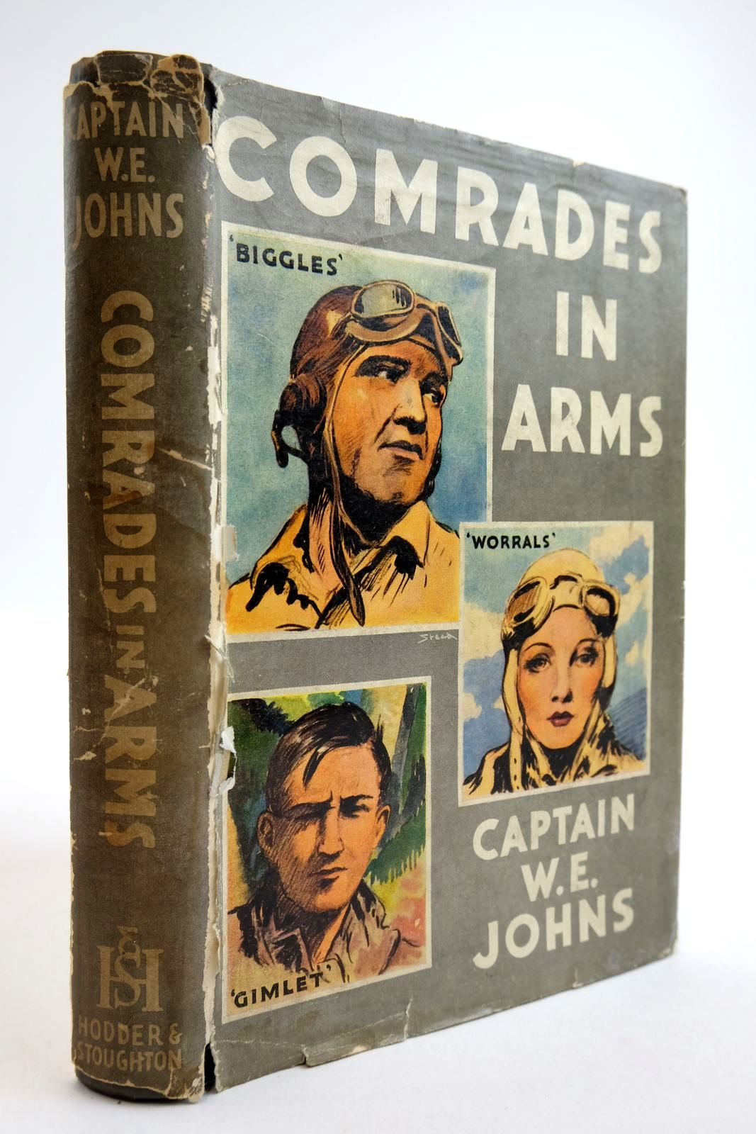 Photo of COMRADES IN ARMS written by Johns, W.E. illustrated by Stead, Leslie published by Hodder & Stoughton (STOCK CODE: 2134126)  for sale by Stella & Rose's Books