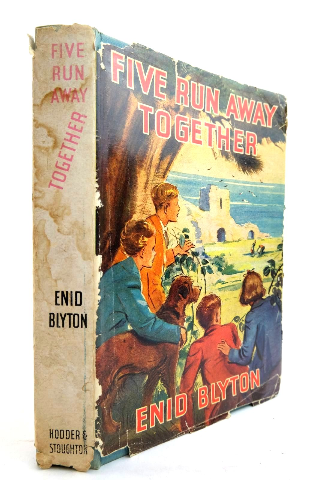 Photo of FIVE RUN AWAY TOGETHER written by Blyton, Enid illustrated by Soper, Eileen published by Hodder & Stoughton (STOCK CODE: 2134283)  for sale by Stella & Rose's Books