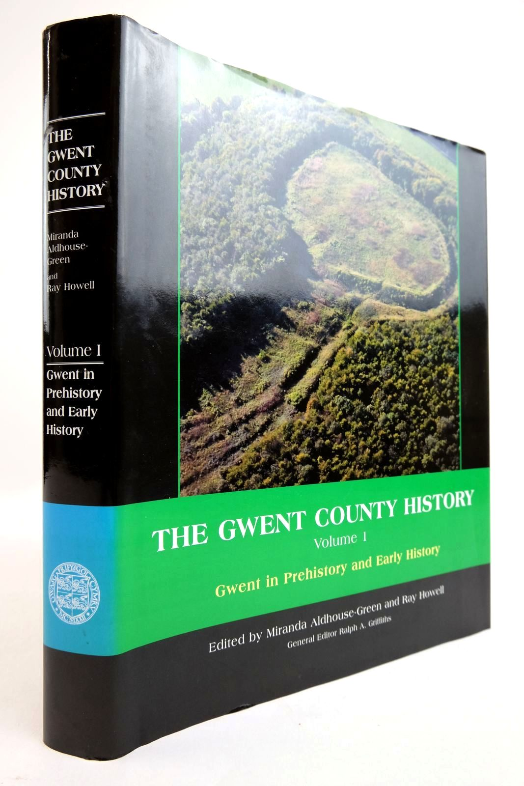 Photo of THE GWENT COUNTY HISTORY VOLUME 1 written by Aldhouse-Green, Miranda Howell, Ray published by University of Wales (STOCK CODE: 2134346)  for sale by Stella & Rose's Books