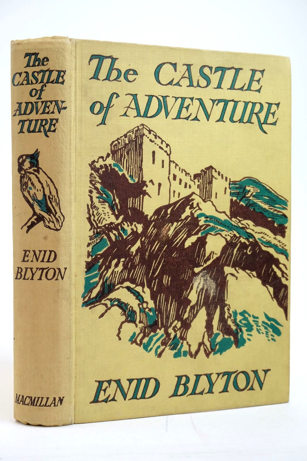 Photo of THE CASTLE OF ADVENTURE written by Blyton, Enid illustrated by Tresilian, Stuart published by Macmillan & Co. Ltd. (STOCK CODE: 2135165)  for sale by Stella & Rose's Books