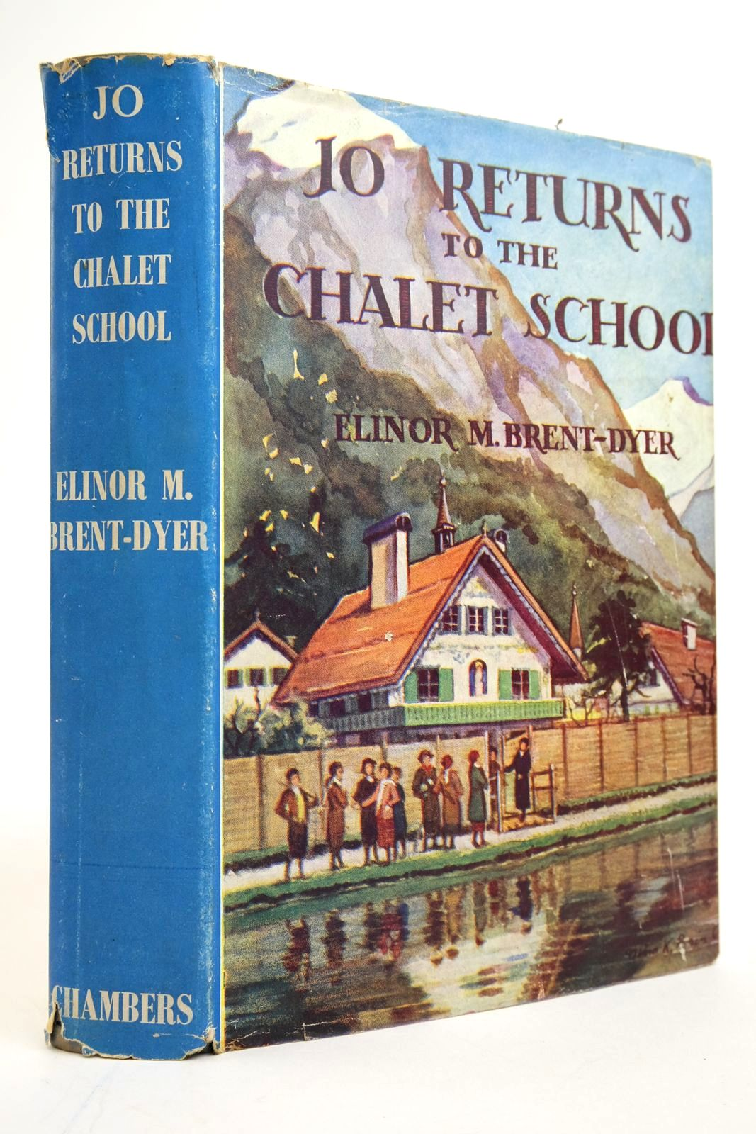 Photo of JO RETURNS TO THE CHALET SCHOOL written by Brent-Dyer, Elinor M. published by W. & R. Chambers Limited (STOCK CODE: 2135235)  for sale by Stella & Rose's Books