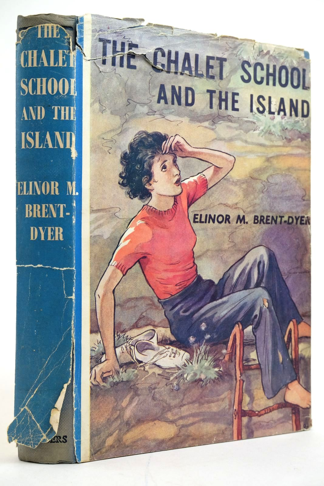 Photo of THE CHALET SCHOOL AND THE ISLAND written by Brent-Dyer, Elinor M. published by W. & R. Chambers Limited (STOCK CODE: 2135251)  for sale by Stella & Rose's Books