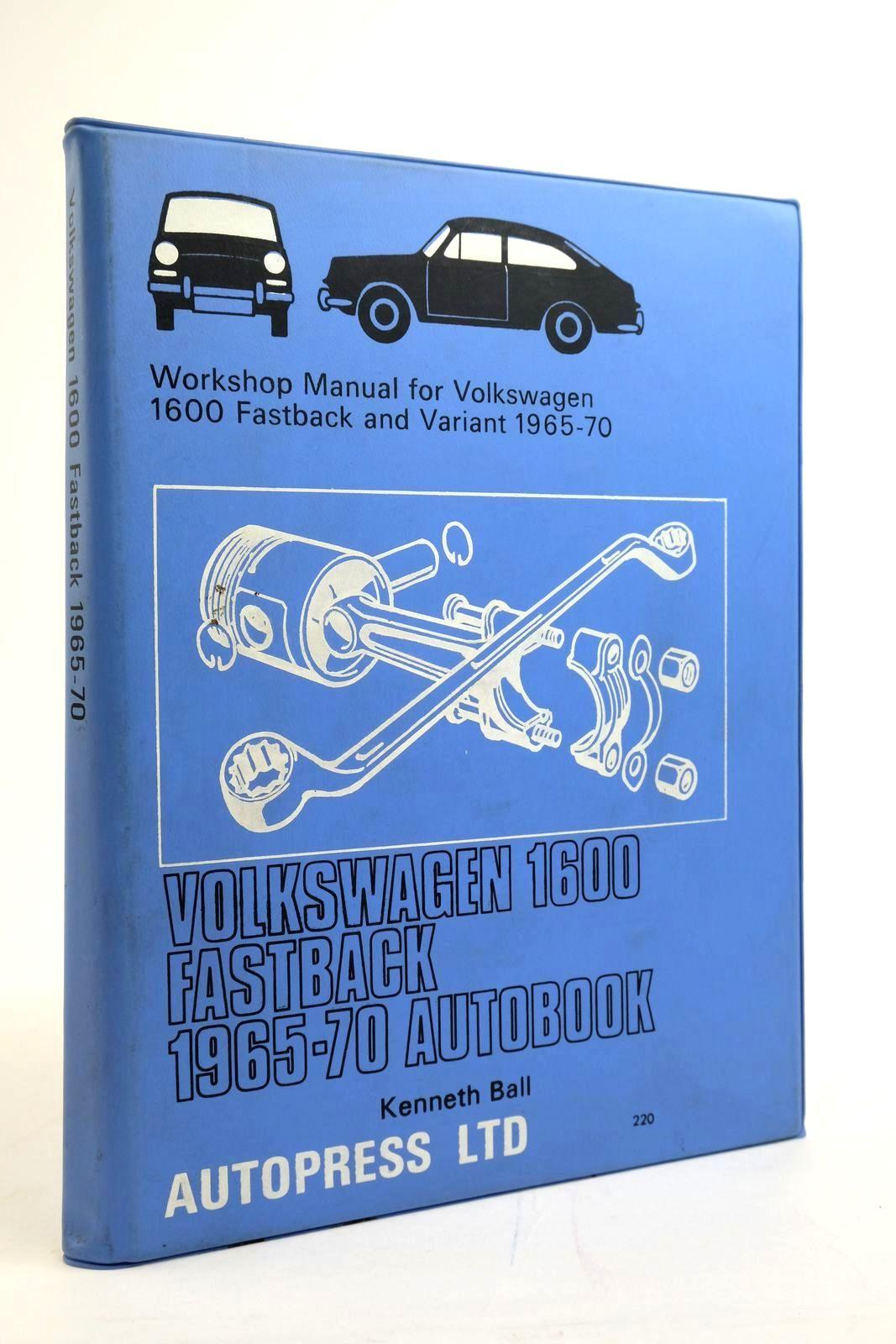 Photo of VOLKSWAGEN 1600 FASTBACK 1965-70 AUTOBOOK- Stock Number: 2135273