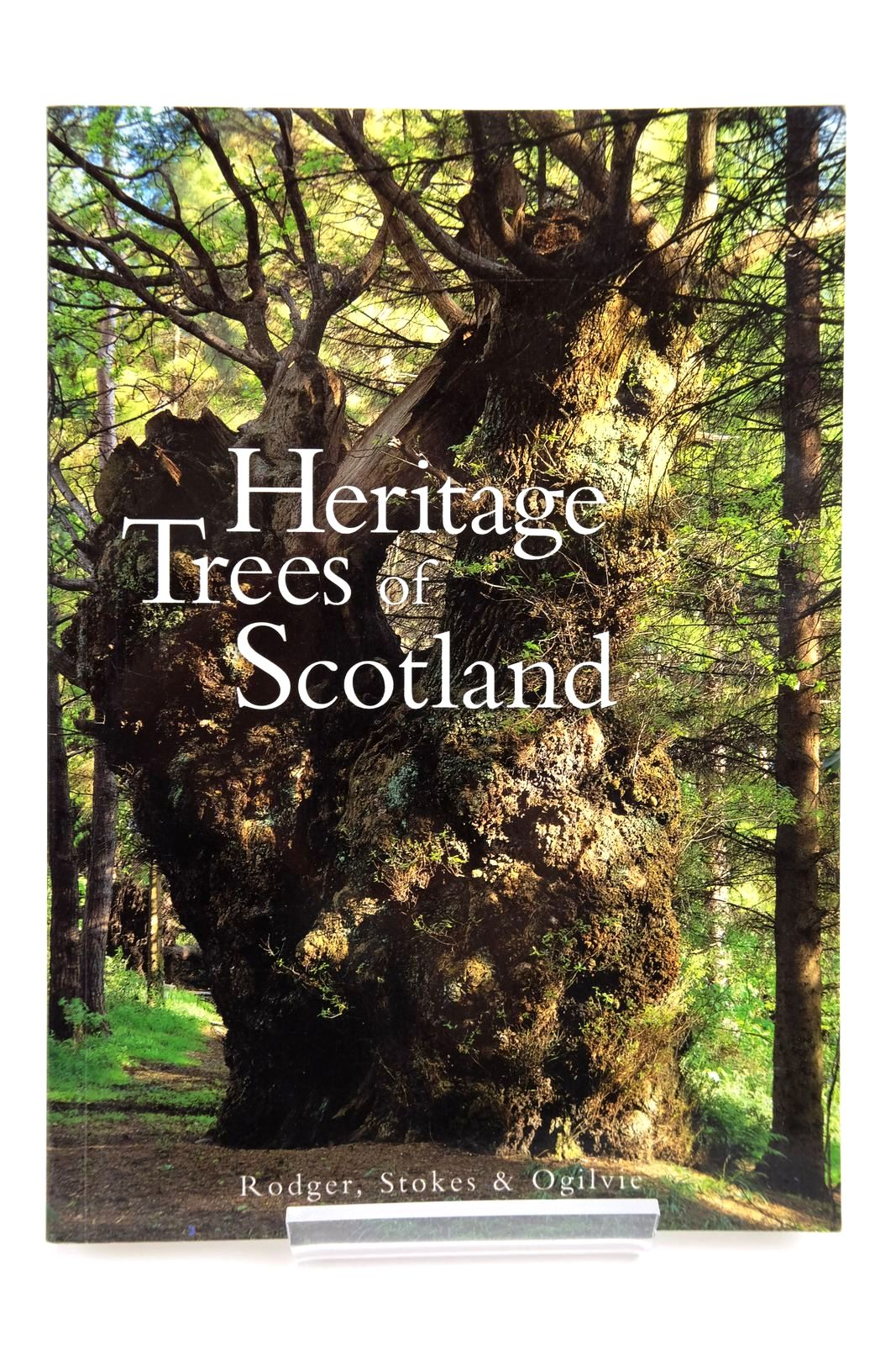 Photo of THE HERITAGE TREES OF SCOTLAND written by Stokes, Jon Rodger, Donald published by The Tree Council (STOCK CODE: 2135328)  for sale by Stella & Rose's Books