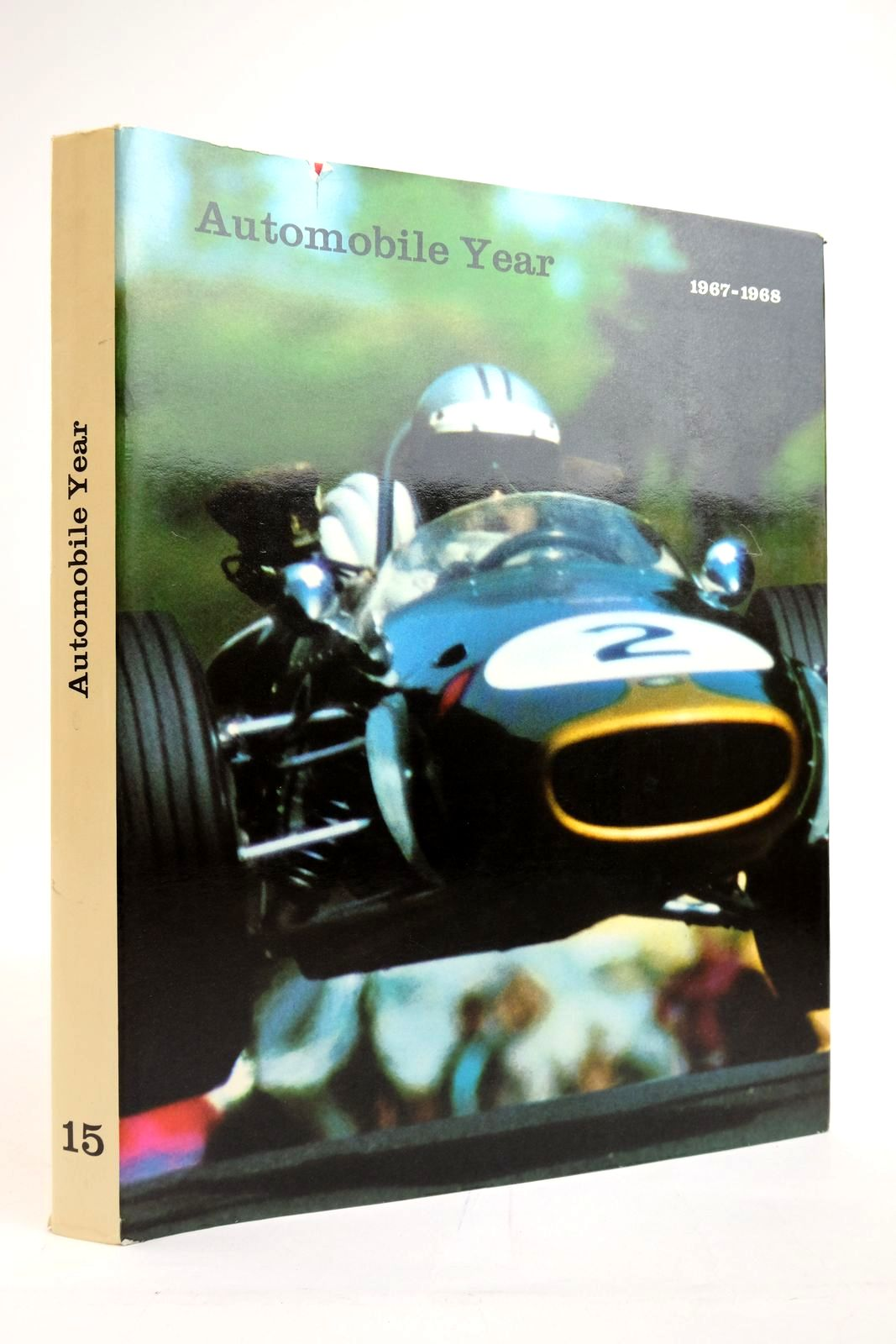 Photo of AUTOMOBILE YEAR No. 15 1967-1968- Stock Number: 2135340