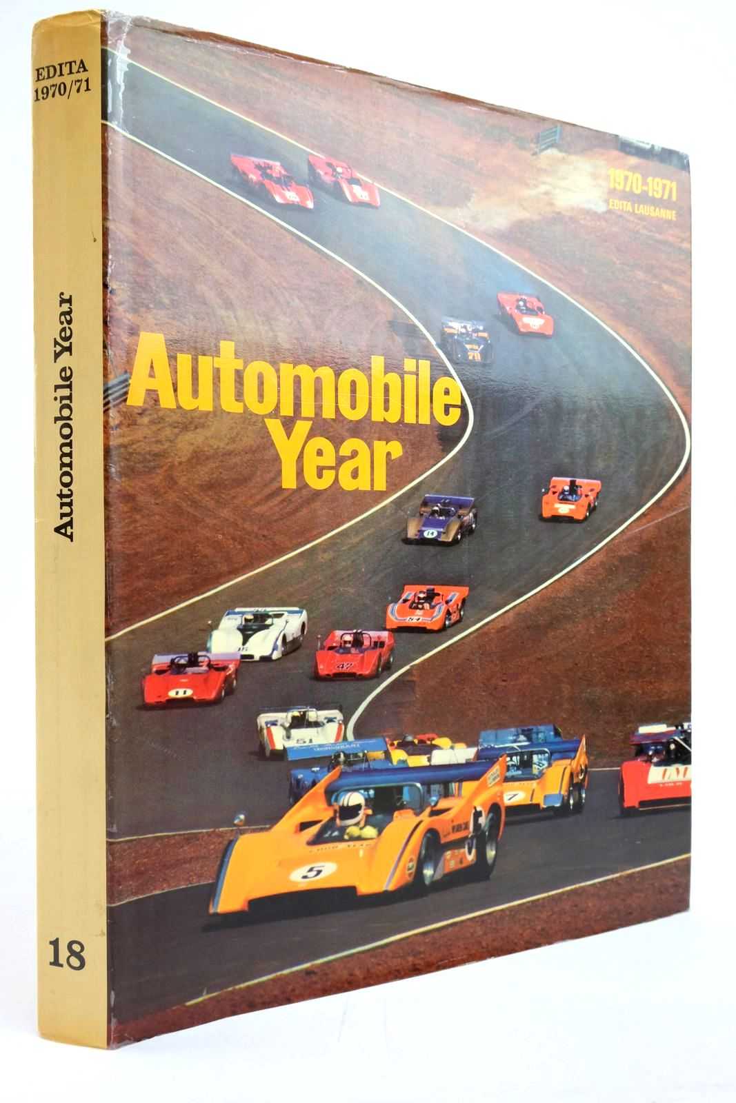 Photo of AUTOMOBILE YEAR No. 18 1970-1971- Stock Number: 2135379