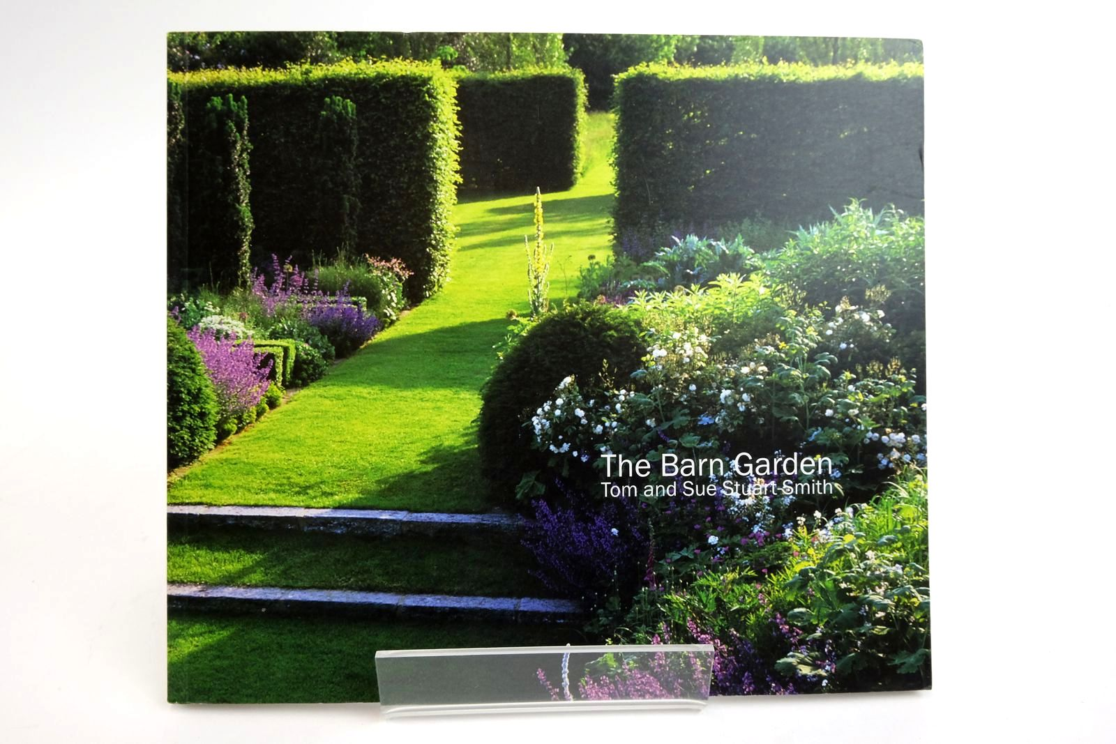 Photo of THE BARN GARDEN: MAKING A PLACE- Stock Number: 2135411